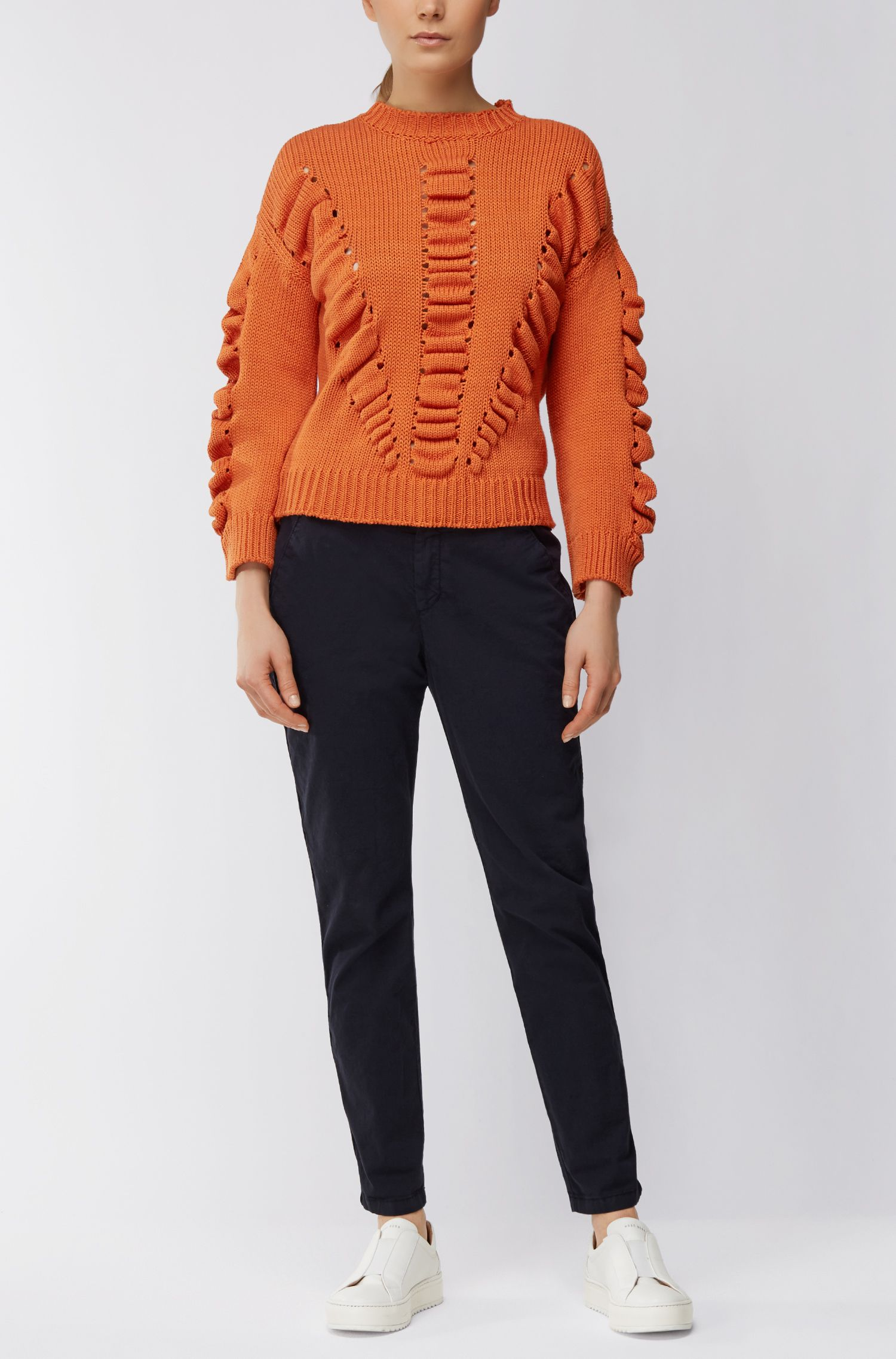 Pure-cotton sweater with three-dimensional structure