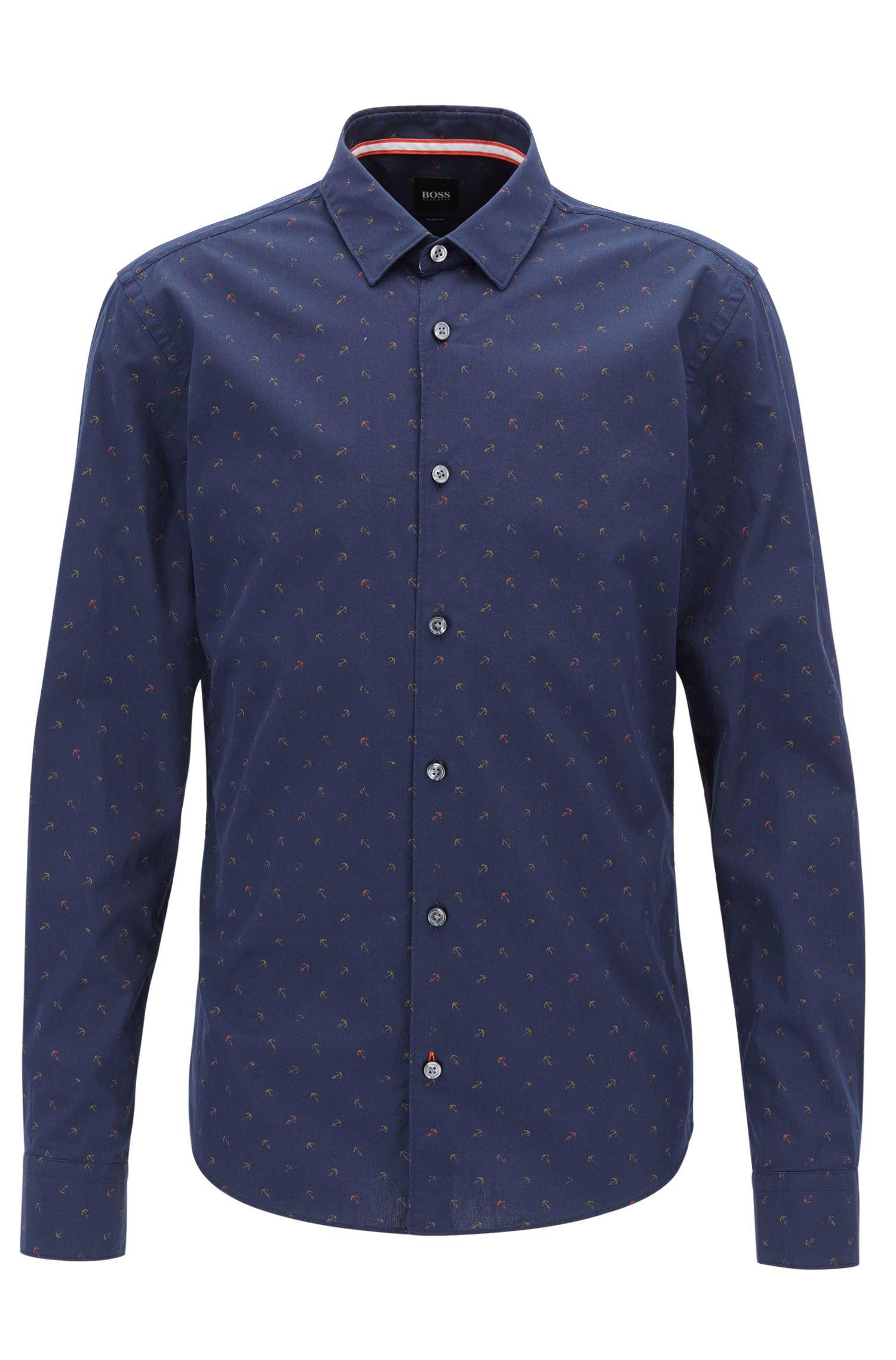 Camicia slim fit in cotone con ancore stampate