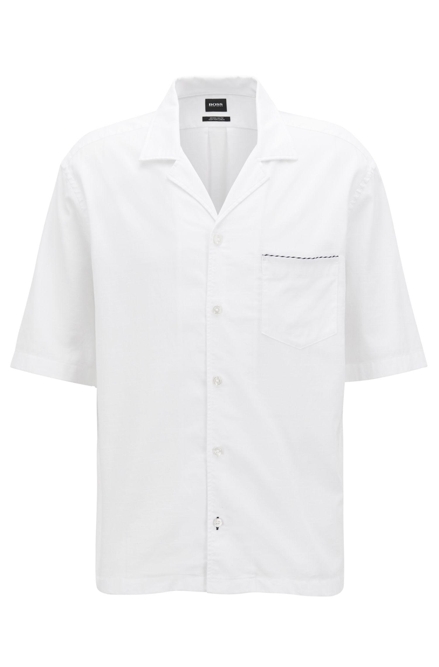Camicia con taglio slim fit a maniche corte in misto cotone