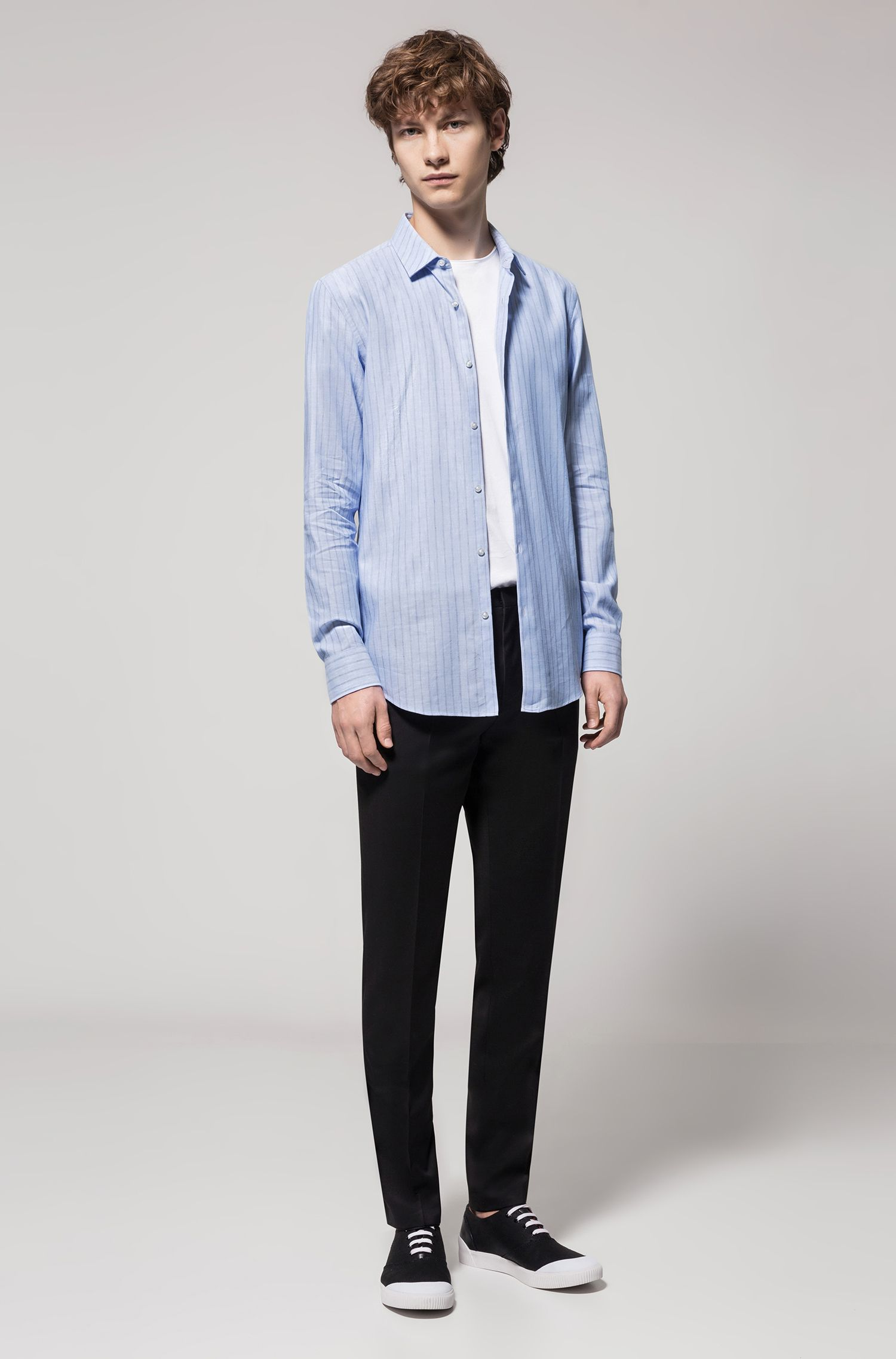 Striped slim-fit Oxford shirt in cotton blended with linen