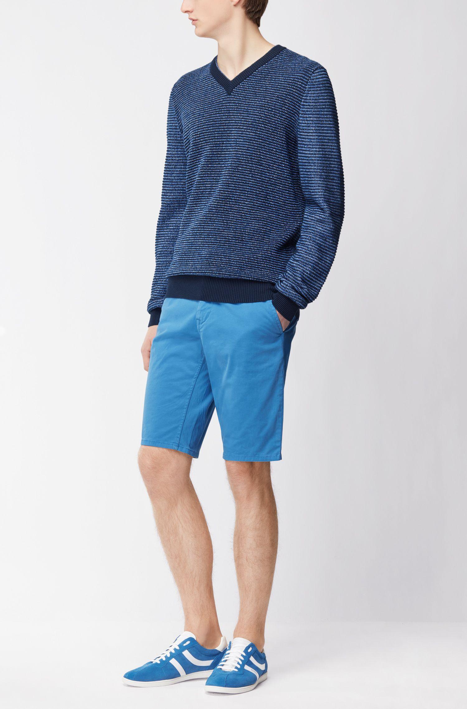 Chino-Shorts aus Stretch-Baumwolle mit doppelten Gürtelschlaufen