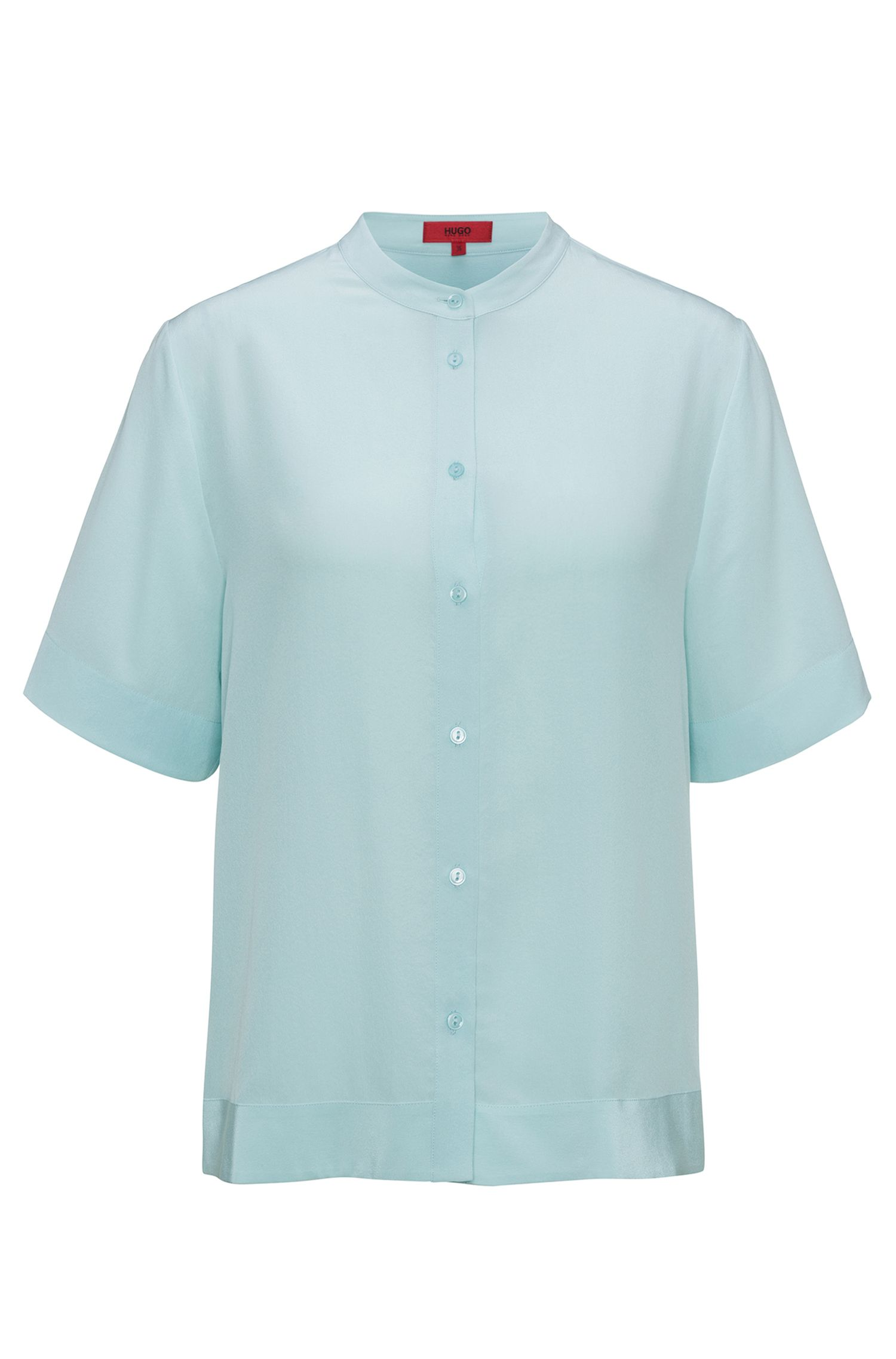 Short-sleeved silk shirt in a relaxed fit