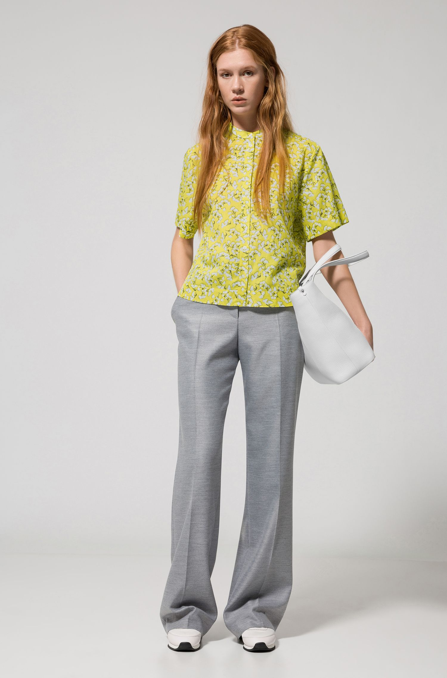 Cropped cotton blouse with leaf print