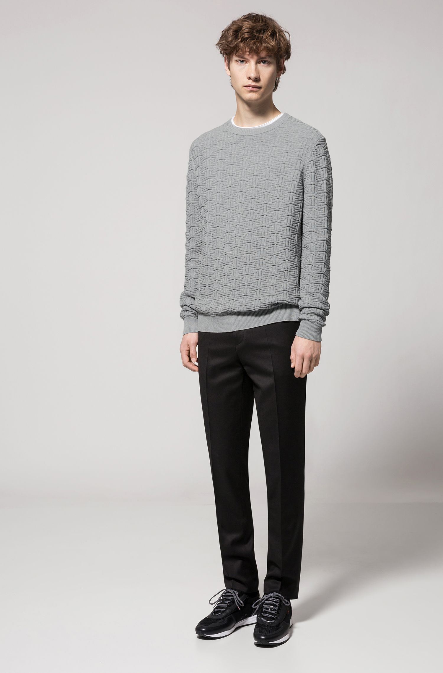 Sweater in three-dimensional cotton jacquard