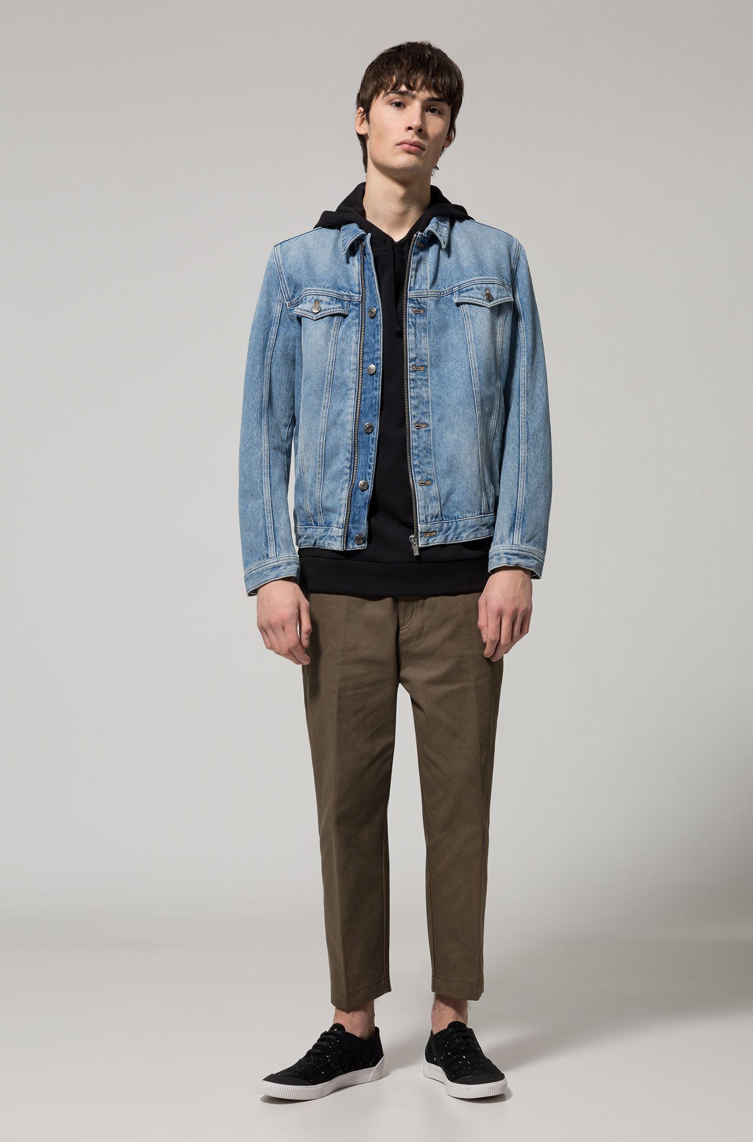 HUGO BOSS Veste en jean à la finition délavée claire, avec fermeture éclair sur le devant