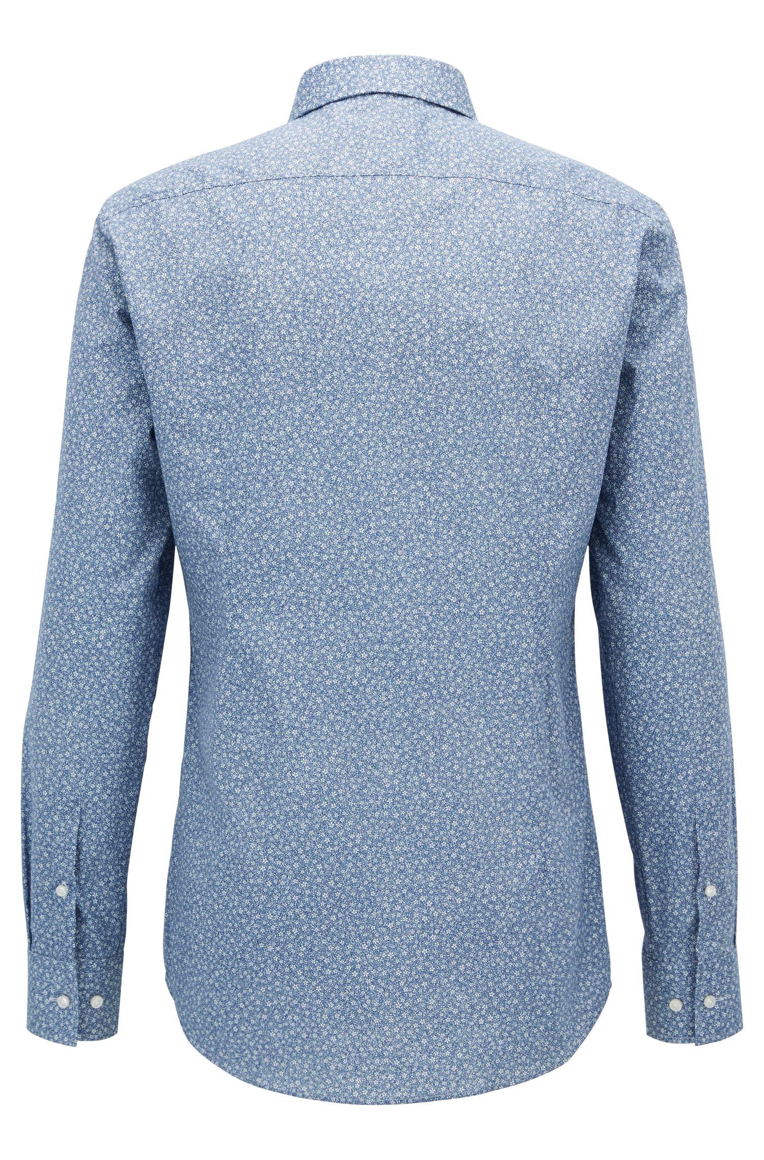 Camisa slim fit en algodón con estampado de flores
