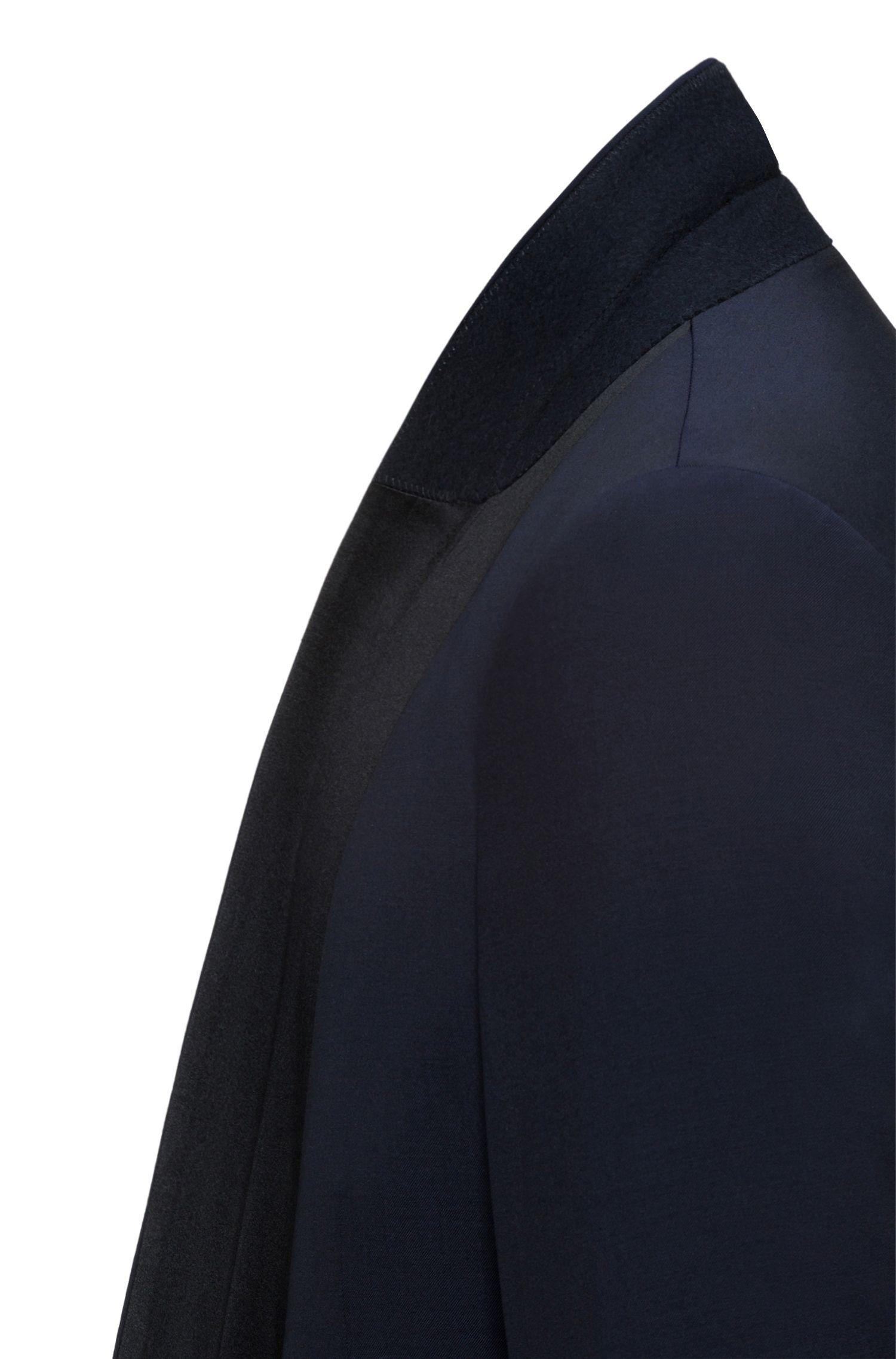 Extra slim-fit kostuum van scheerwol met sjaalkraag