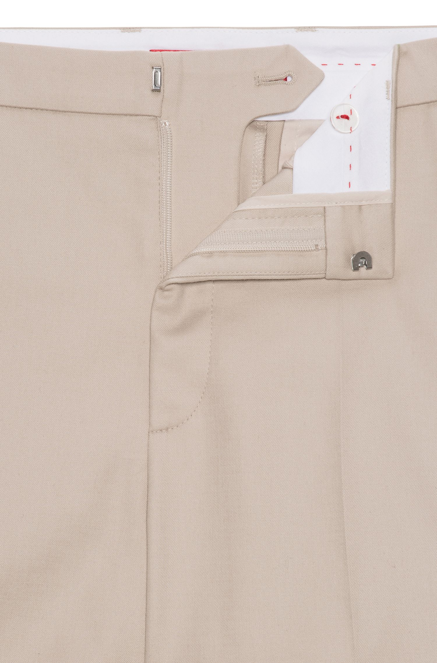 Boyfriend-fit chinos in stretch cotton