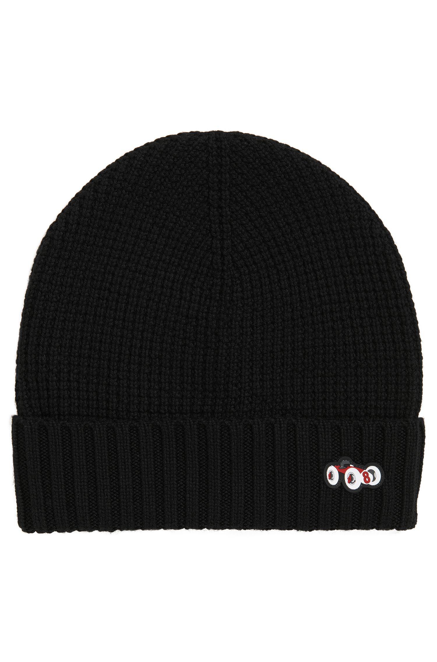 Mütze aus schwerer Schurwolle mit Rennwagen-Motiv