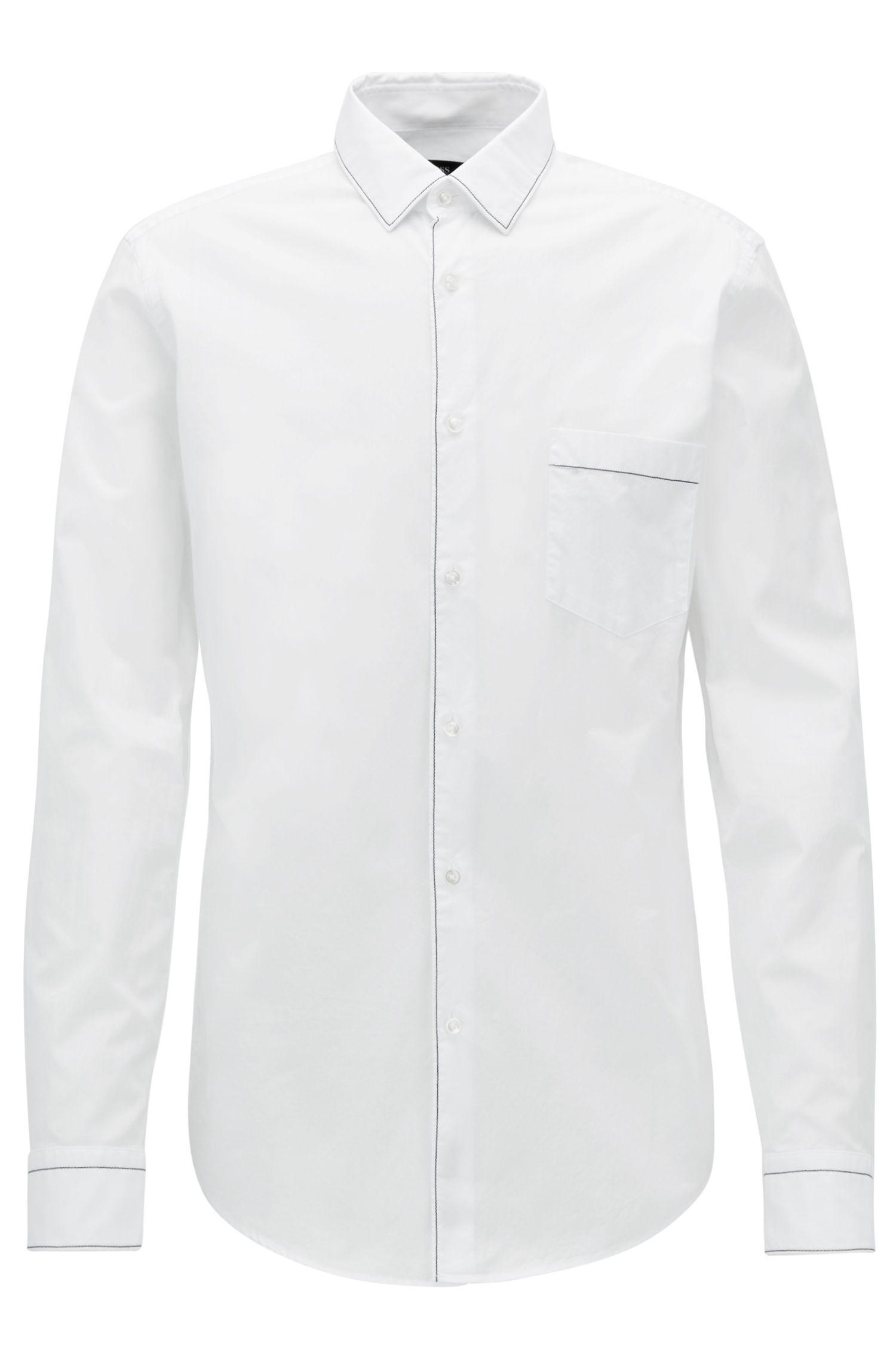 Slim-fit overhemd van katoen met contraststiksels