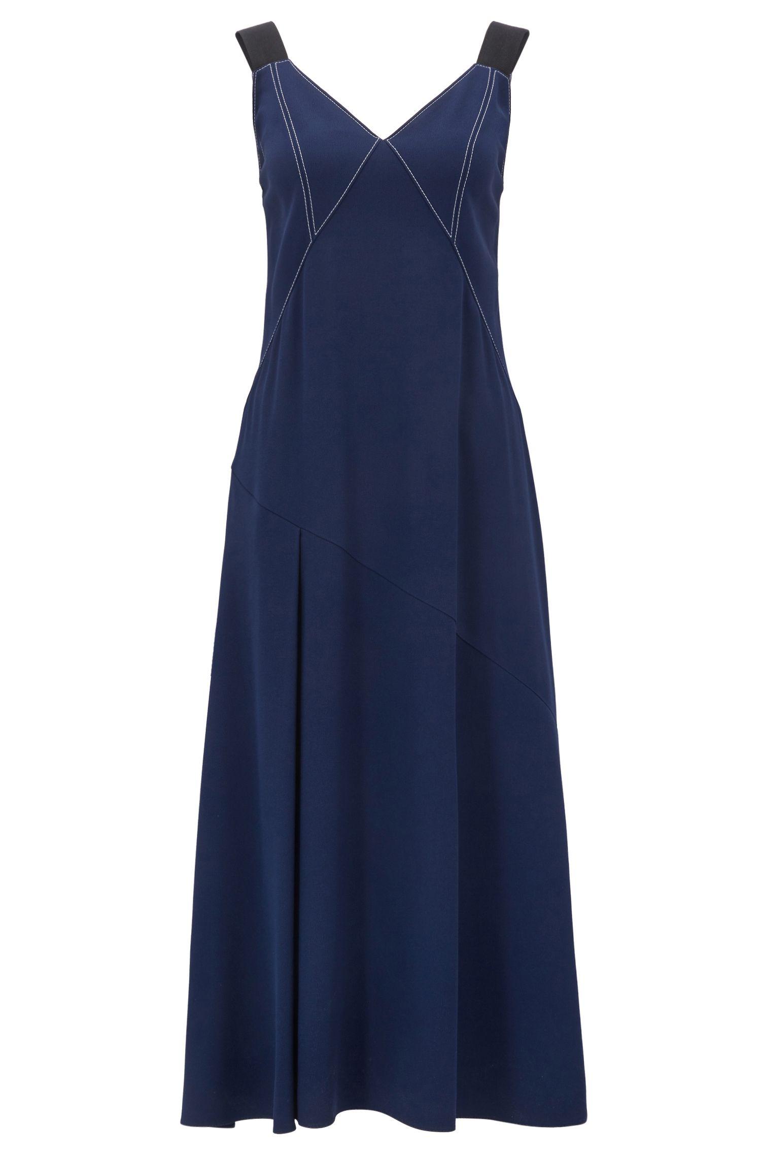 Kleid aus Material-Mix mit V-Ausschnitt und kontrastfarbenen Steppnähten