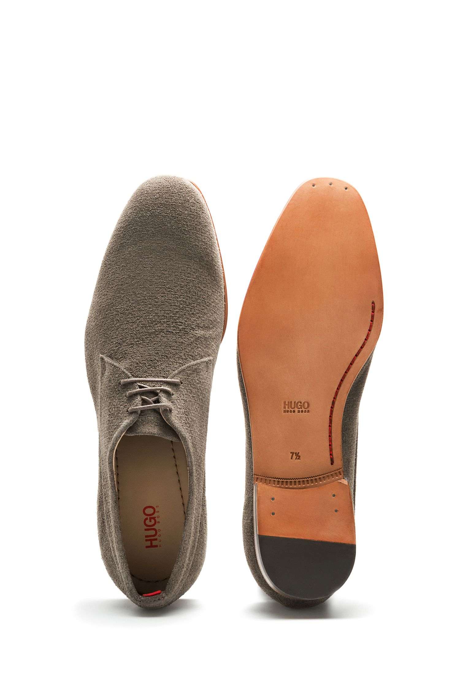 Derby shoes in embossed suede