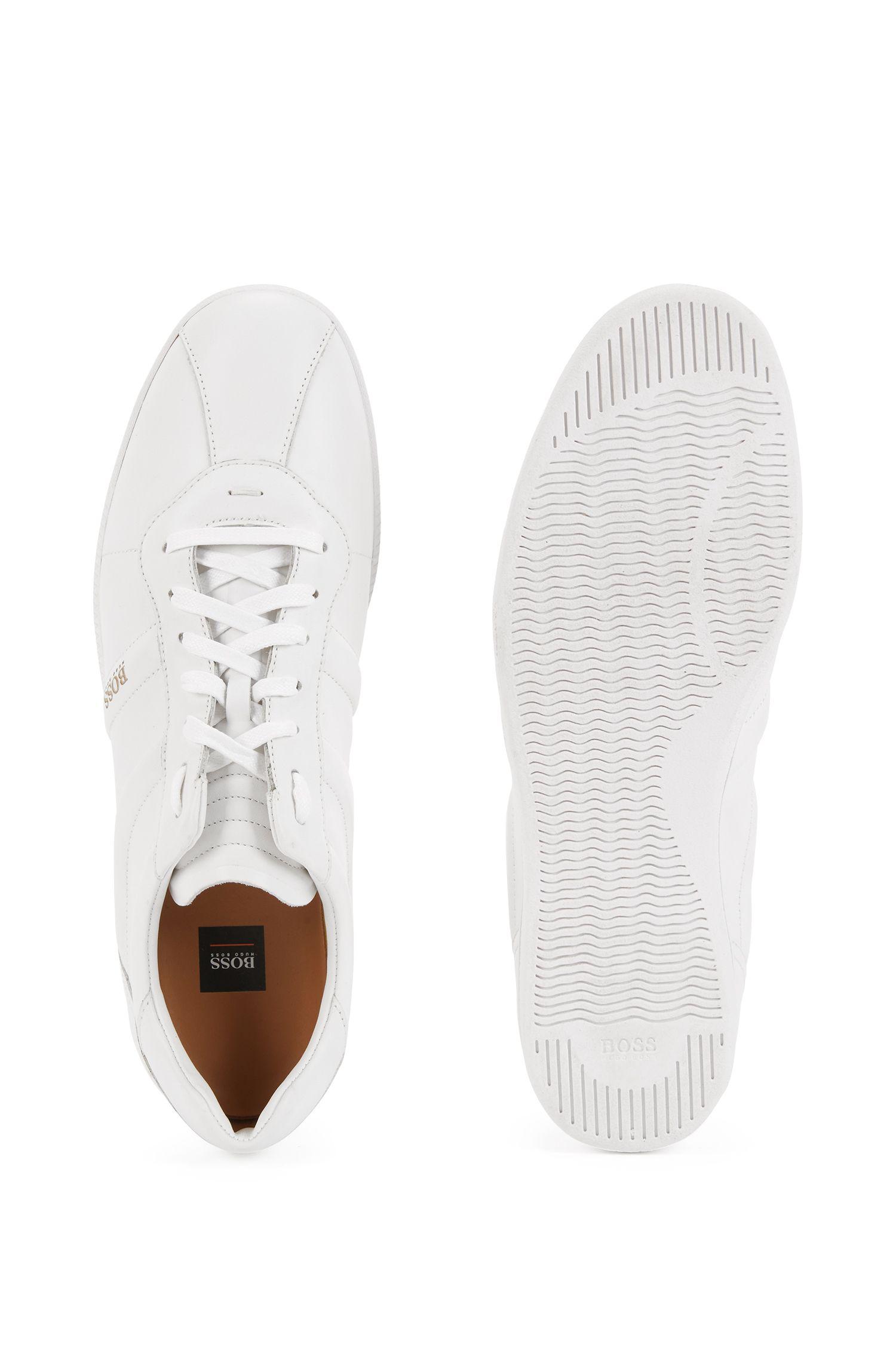 Lage sneakers van nappaleer