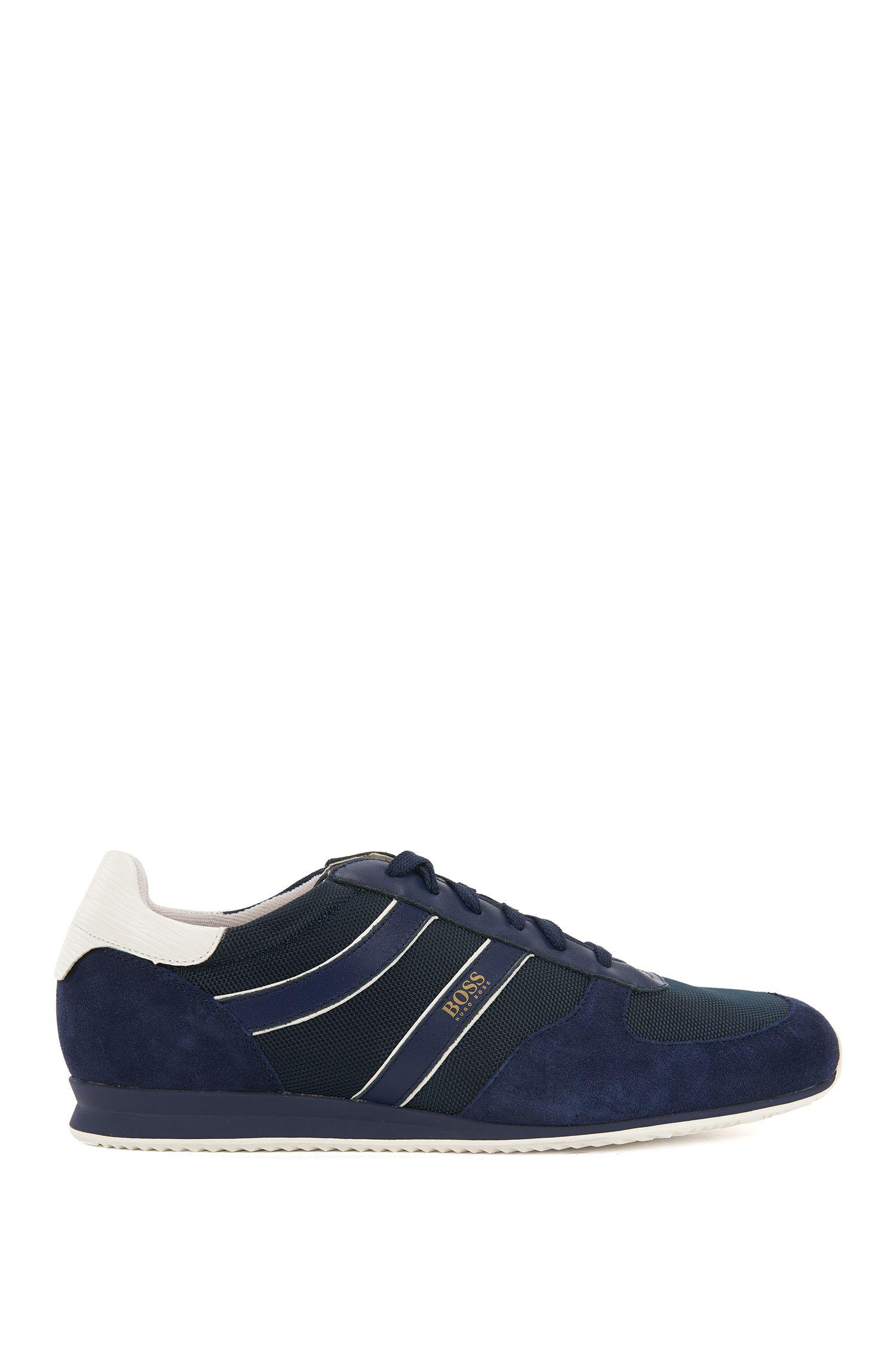 Baskets basses lacées à garnitures en daim, Bleu foncé
