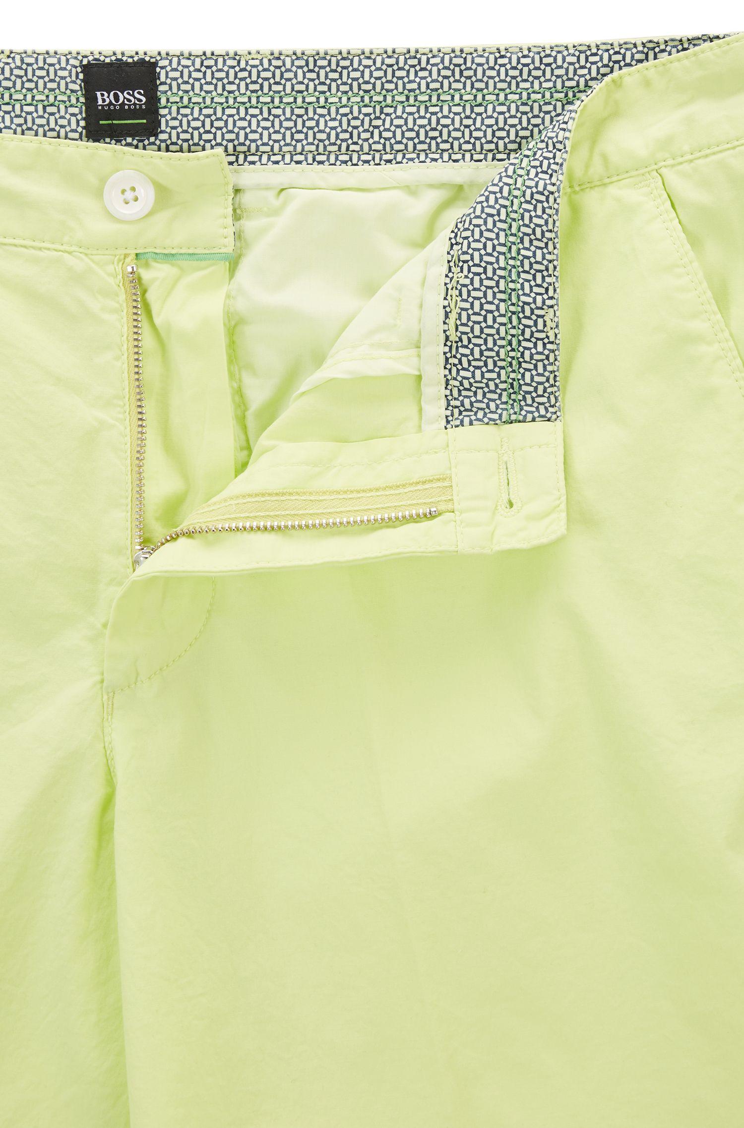 Regular-Fit Shorts aus leichter Stretch-Baumwolle