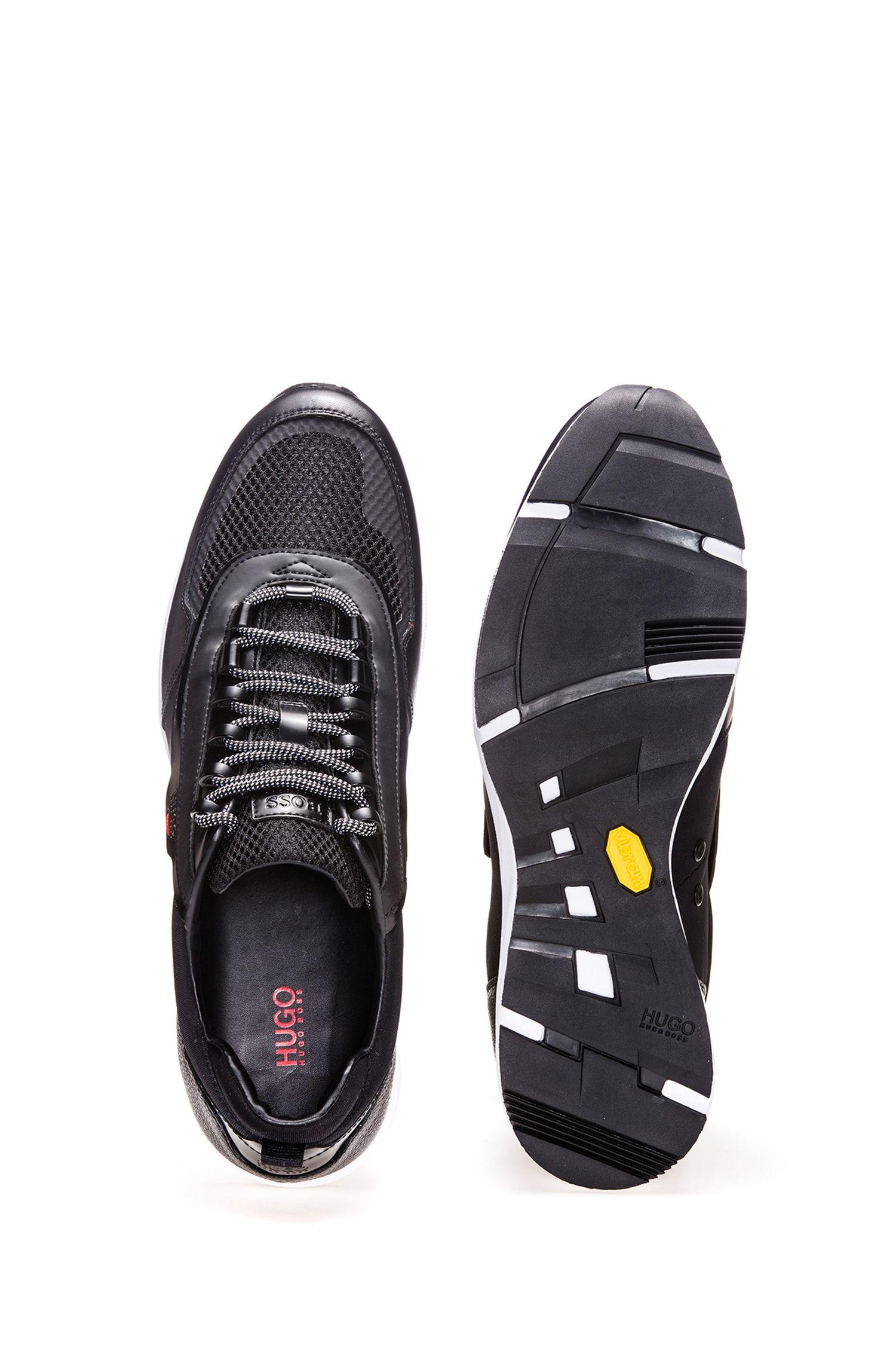 Sneakers aus Leder und Material-Mix mit Schnürung