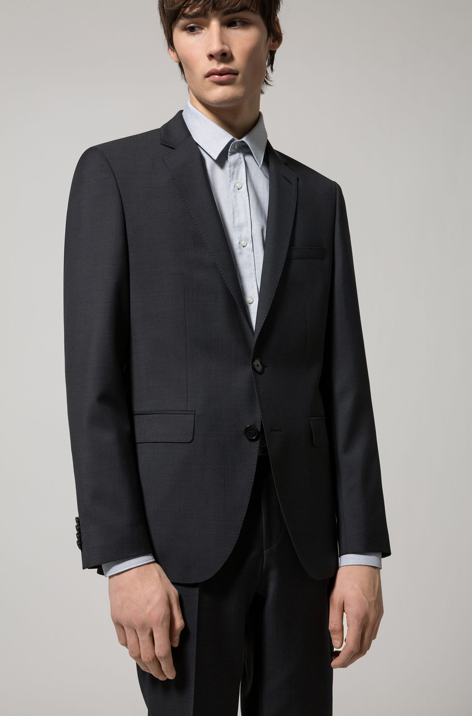 Regular-fit suit in yarn-dyed virgin wool