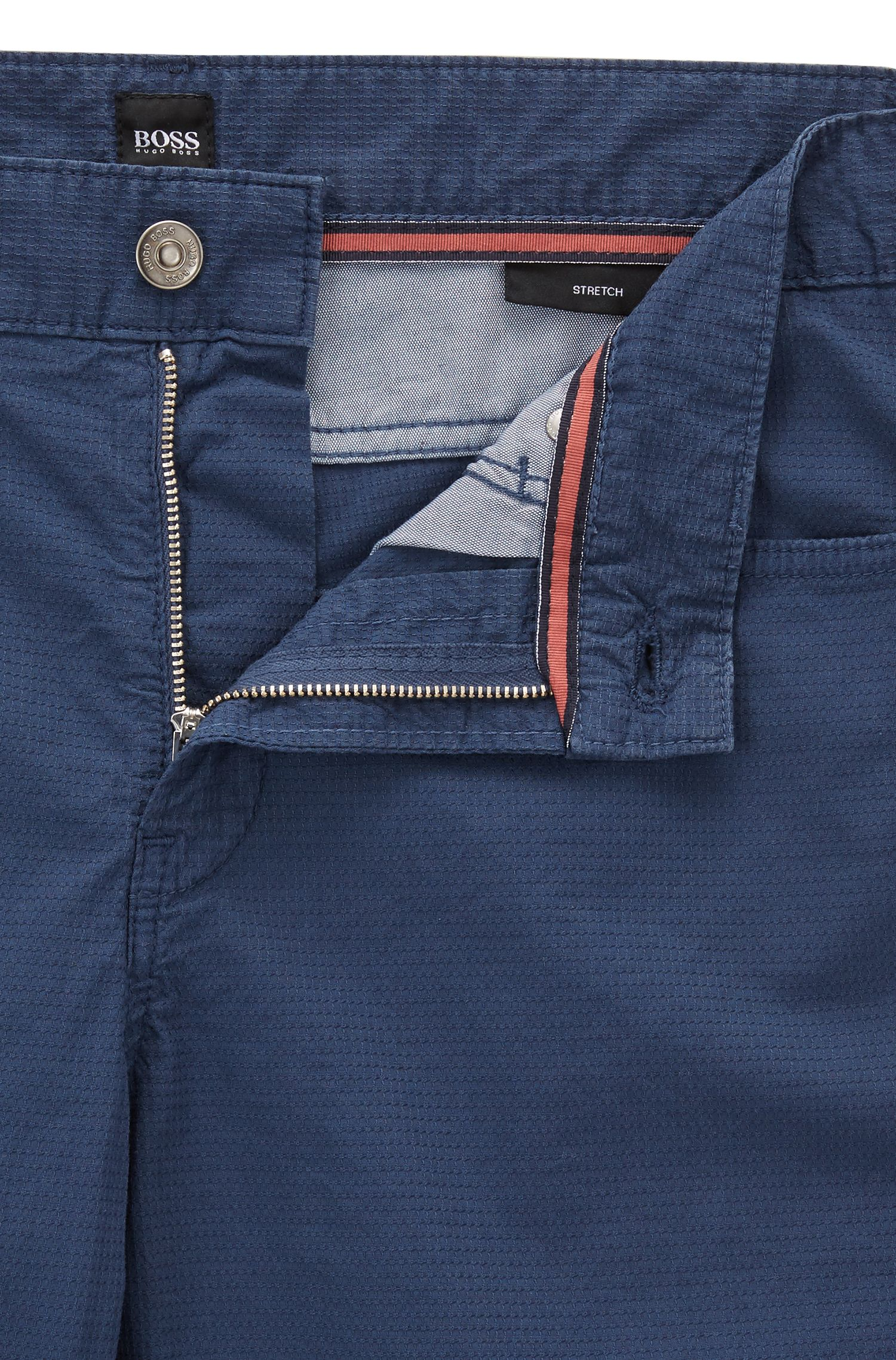 Vaqueros slim fit en denim elástico antidesgarros
