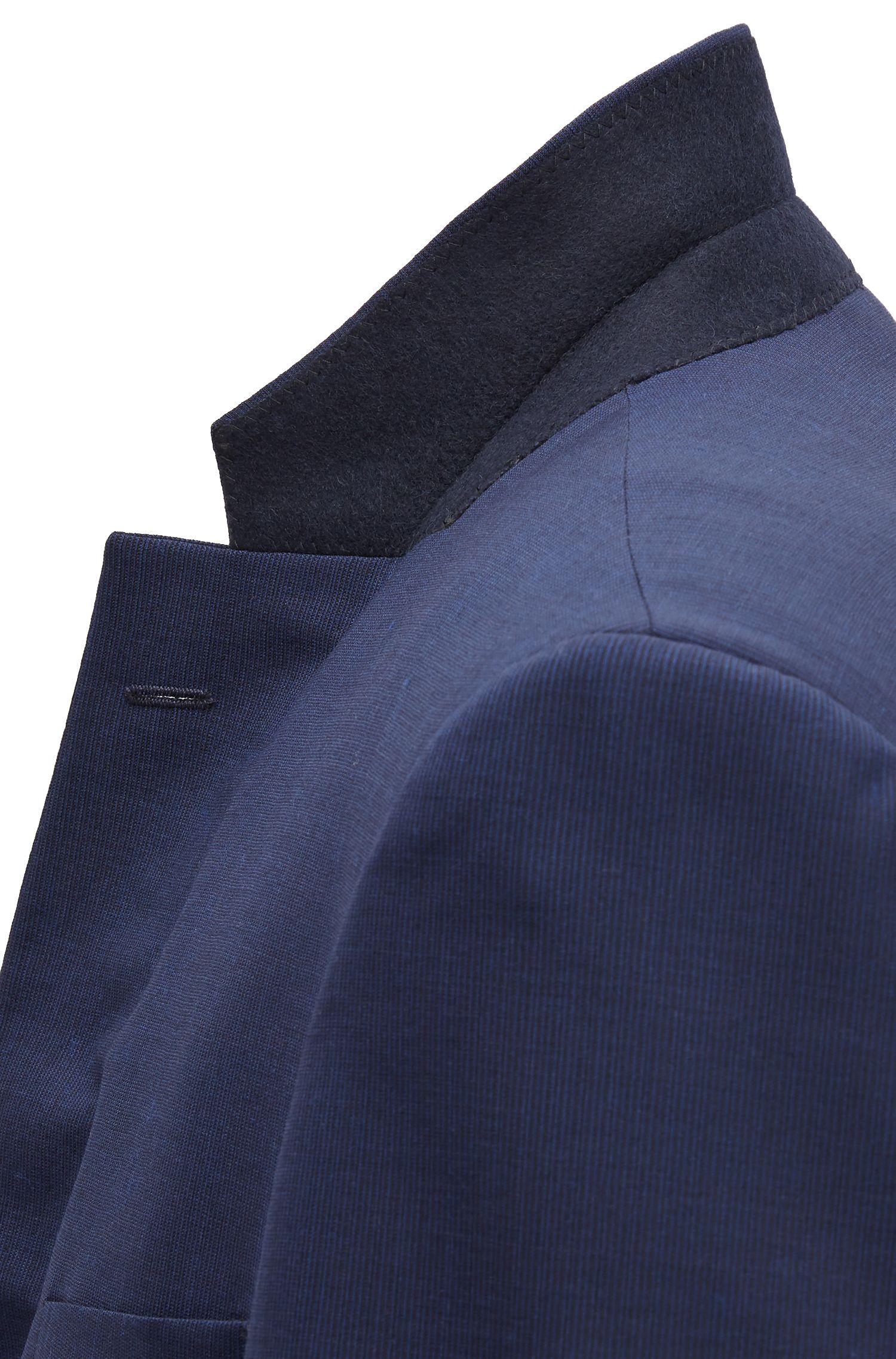 Abito con gilet slim fit in lana vergine con lavorazione a righe