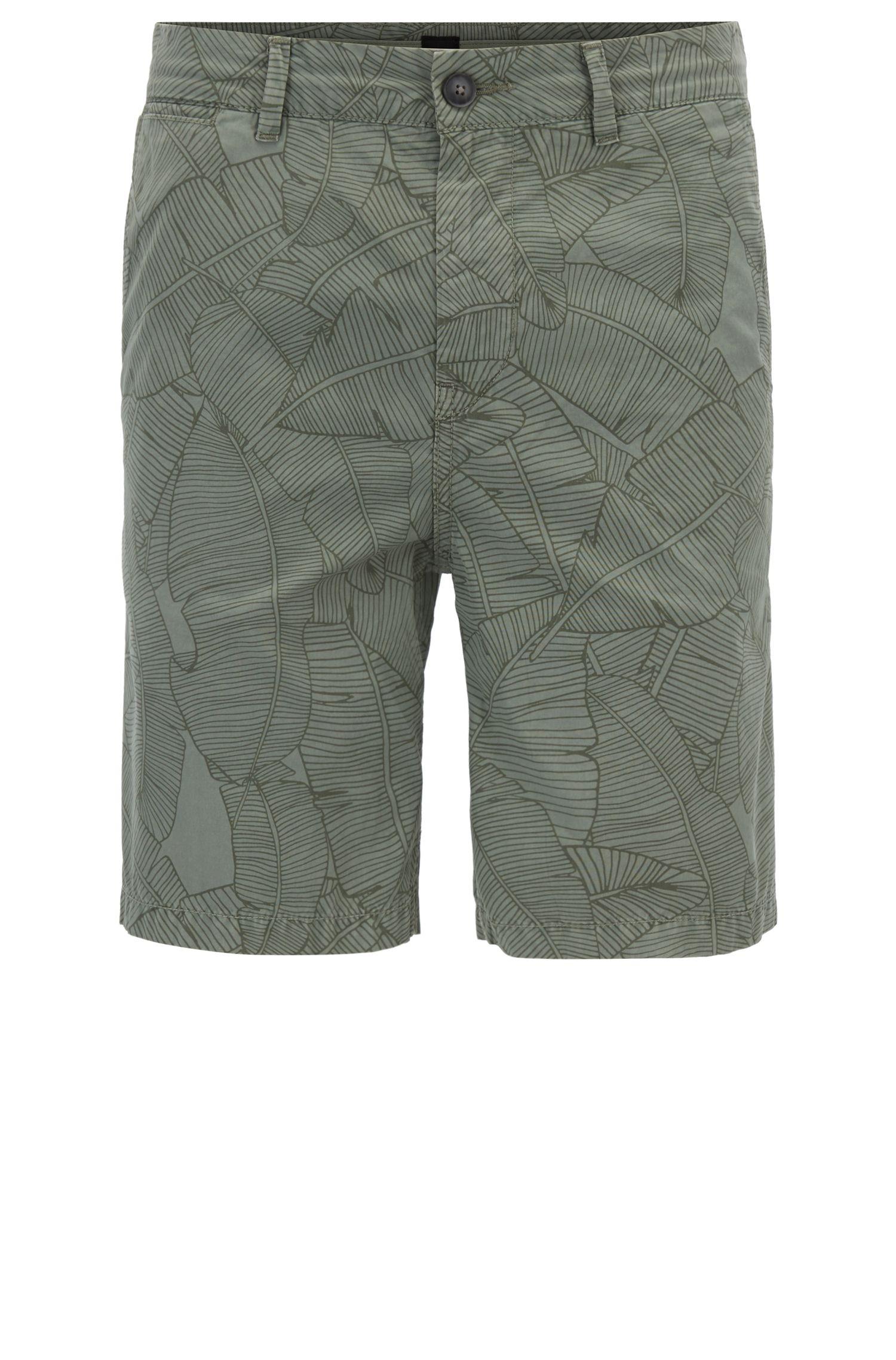 Shorts de algodón tapered fit con estampado de hoja de banano