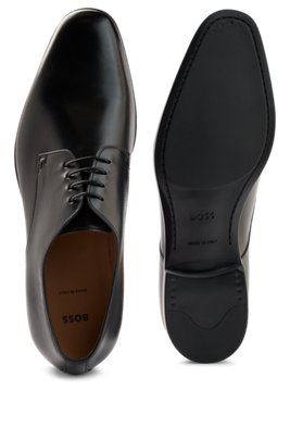 Derby shoes in vegetable-tanned leather with antique finishing, Black