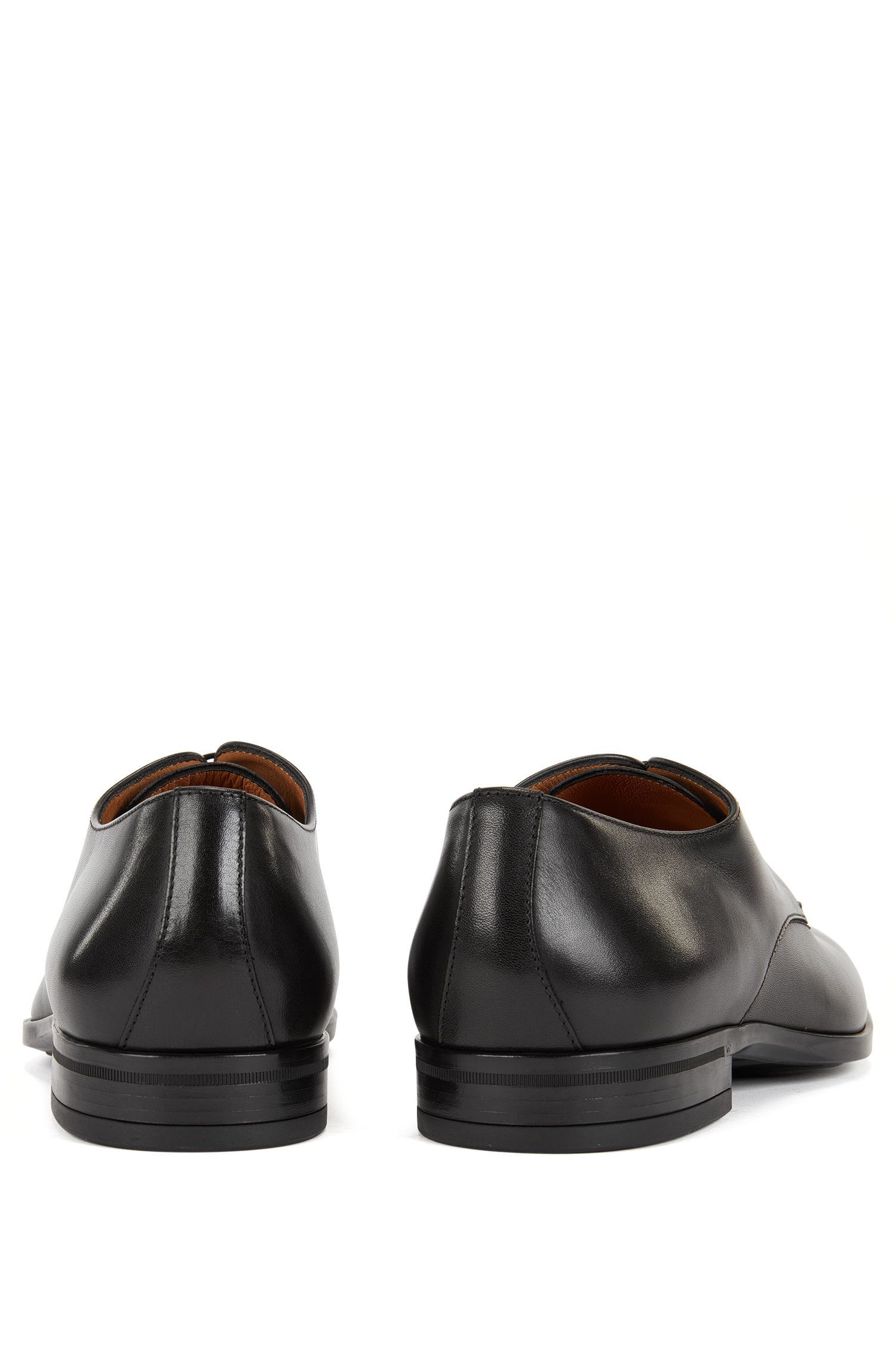 Derby shoes in burnished leather