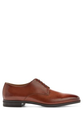 Derby shoes in vegetable-tanned leather with antique finishing, Brown