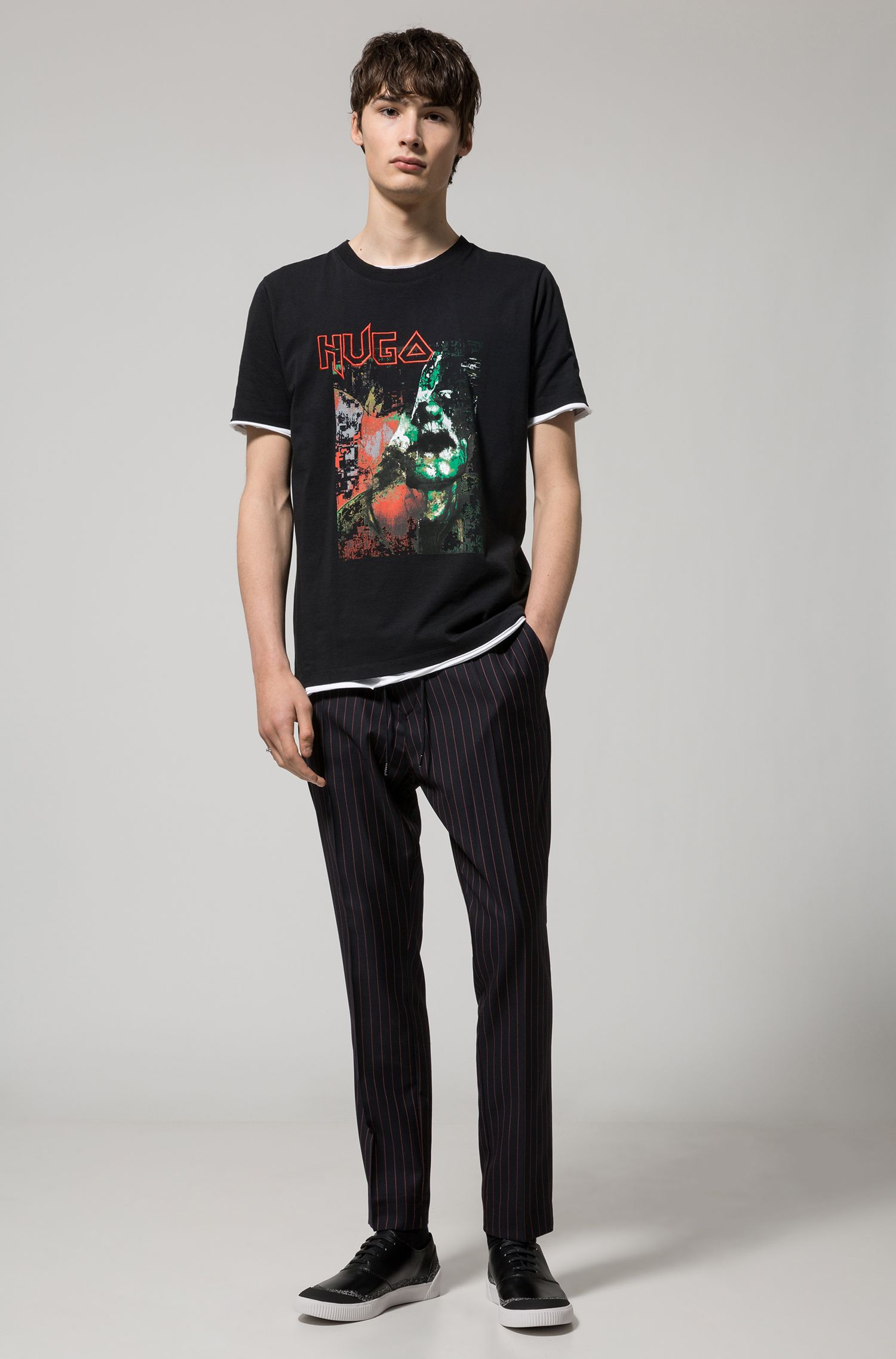 Camiseta de algodón relaxed fit con una llamativa ilustración