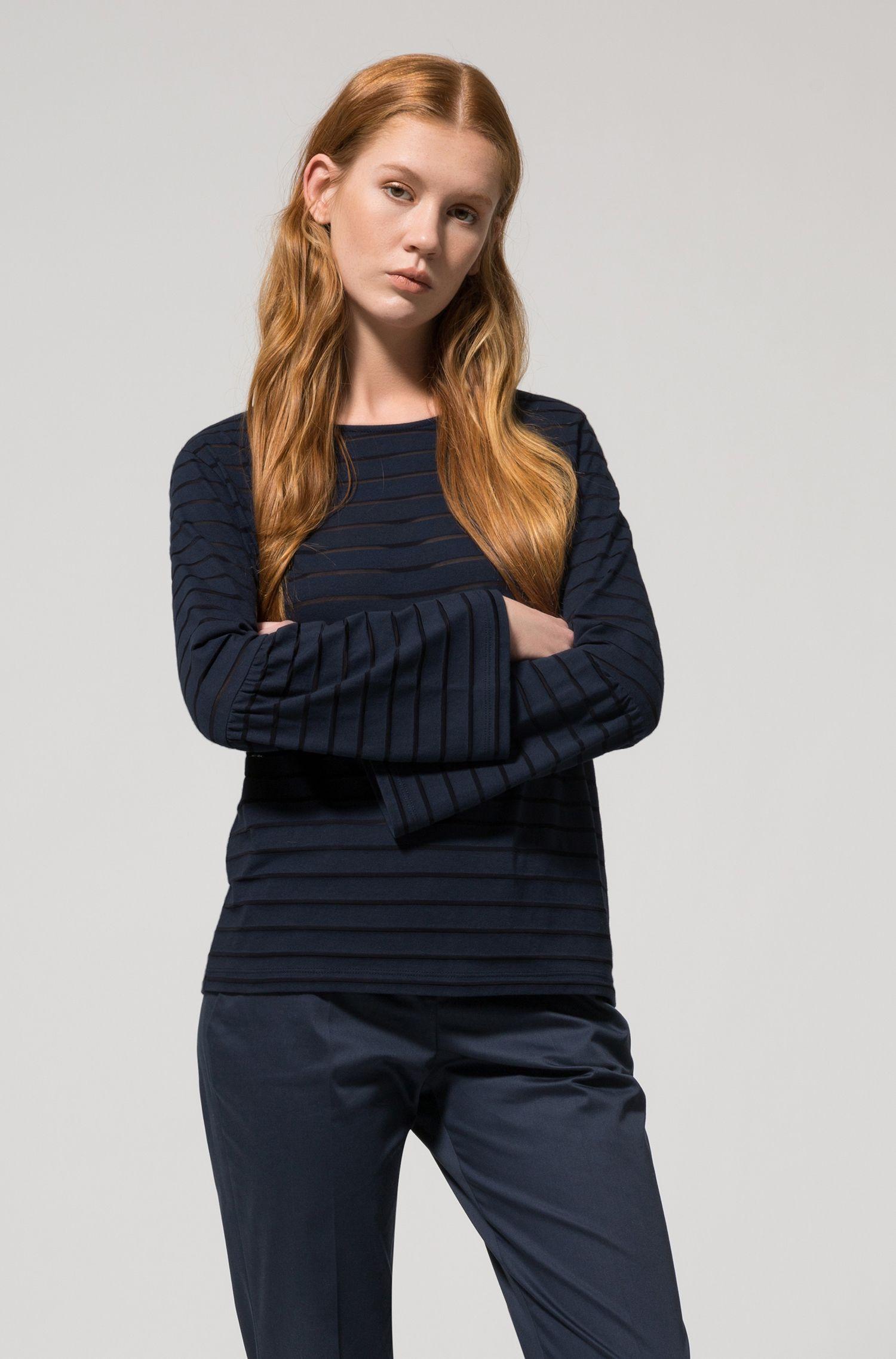Camiseta en mezcla de algodón con rayas horizontales tonales