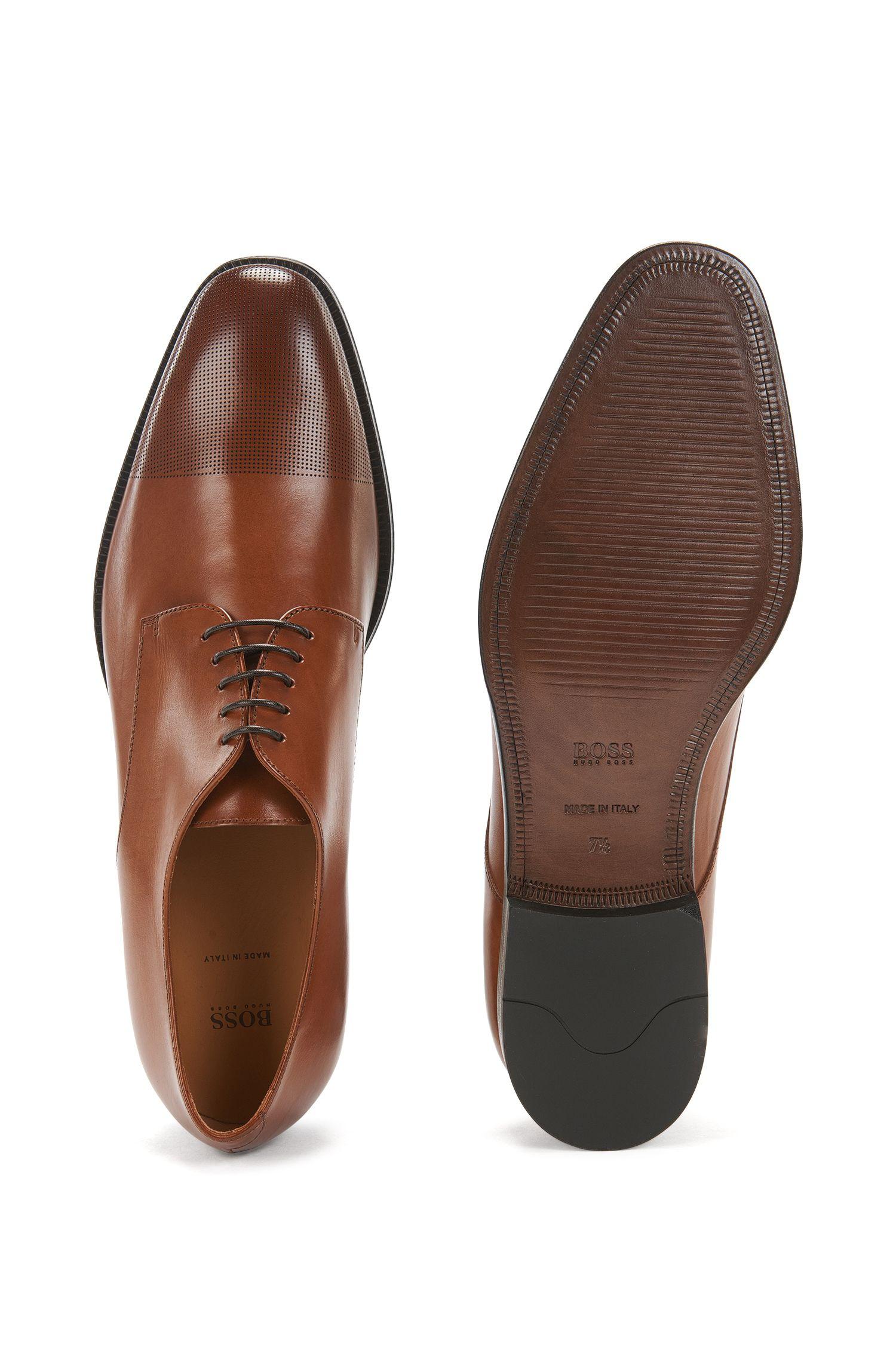 Zapatos de piel estilo Derby con puntera cortada a láser