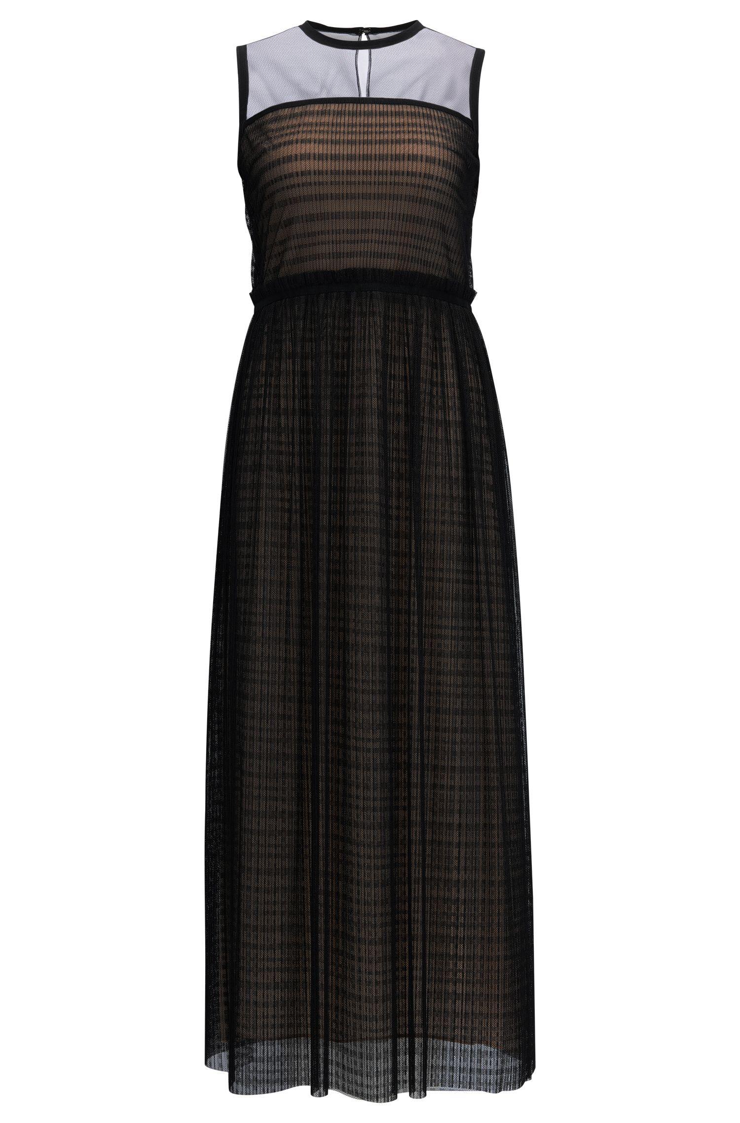 Mouwloze jurk van gelaagd tule