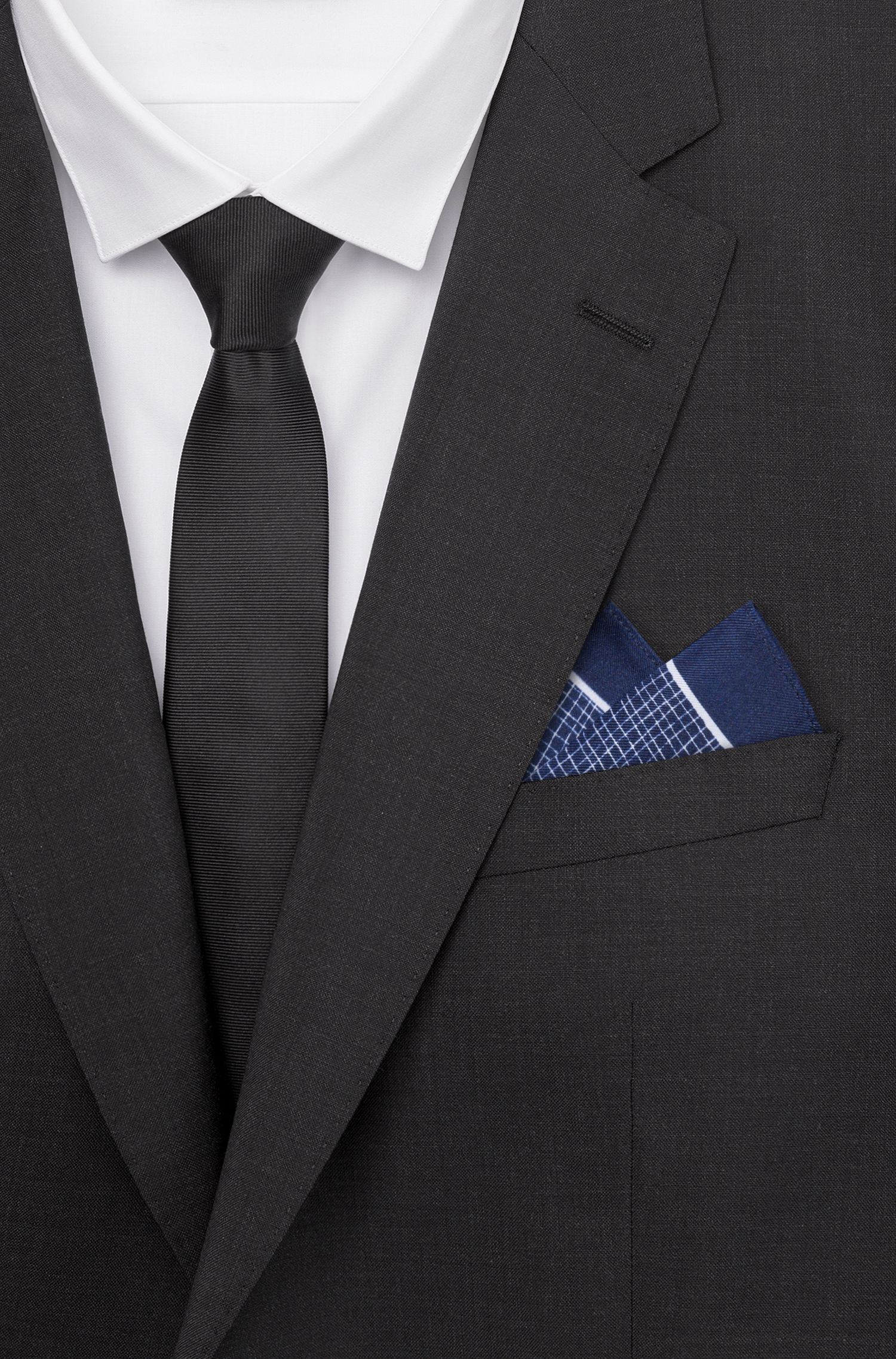 Printed pocket square in silk twill