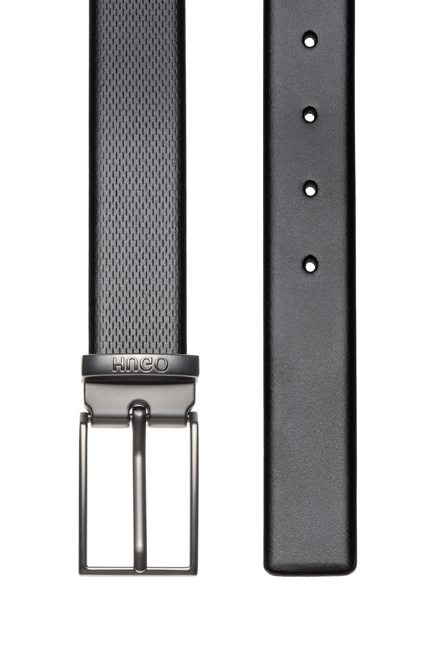 Double-buckle reversible leather belt in a gift box