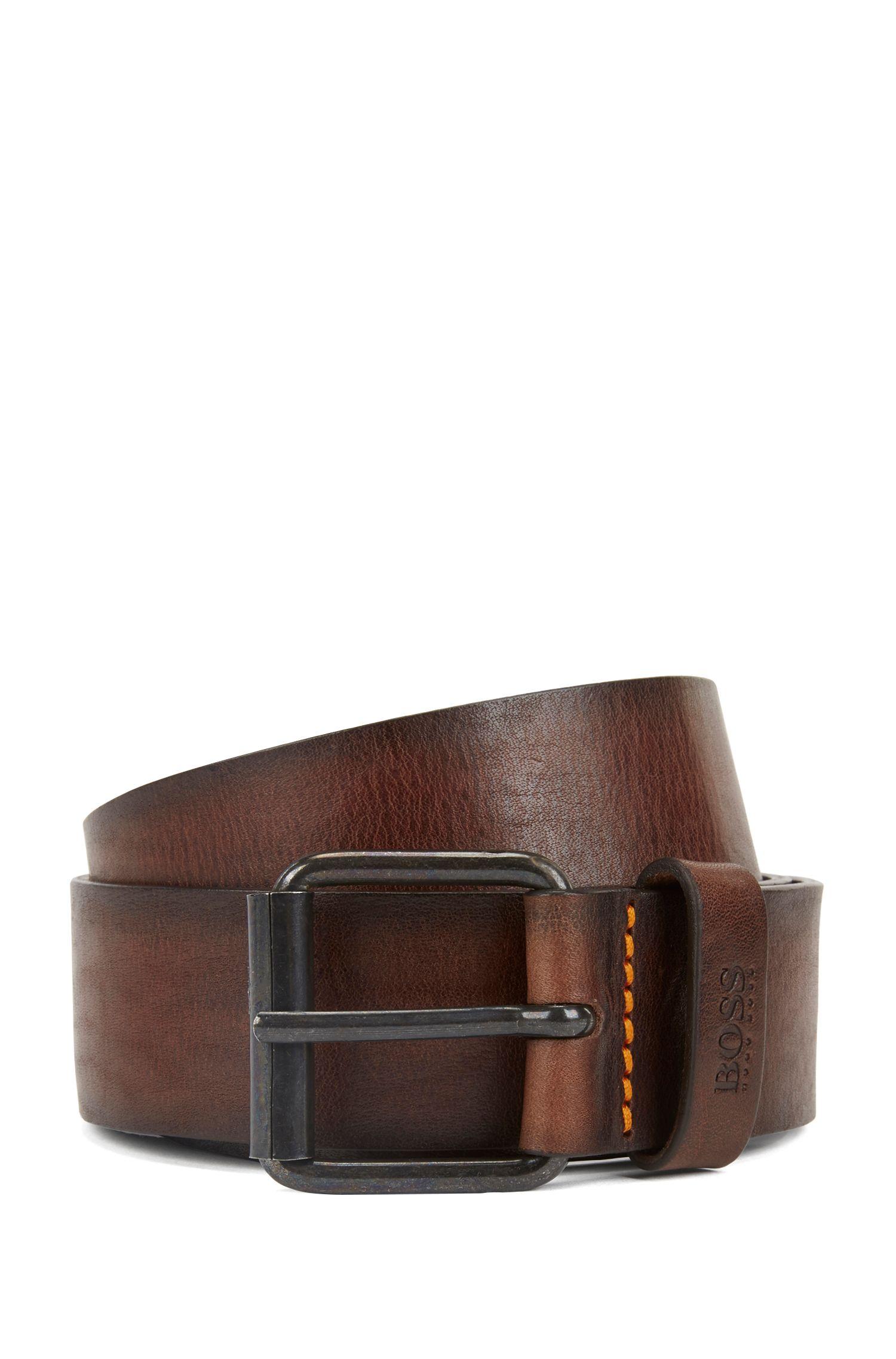 Cinturón con hebilla corredera en piel abatanada