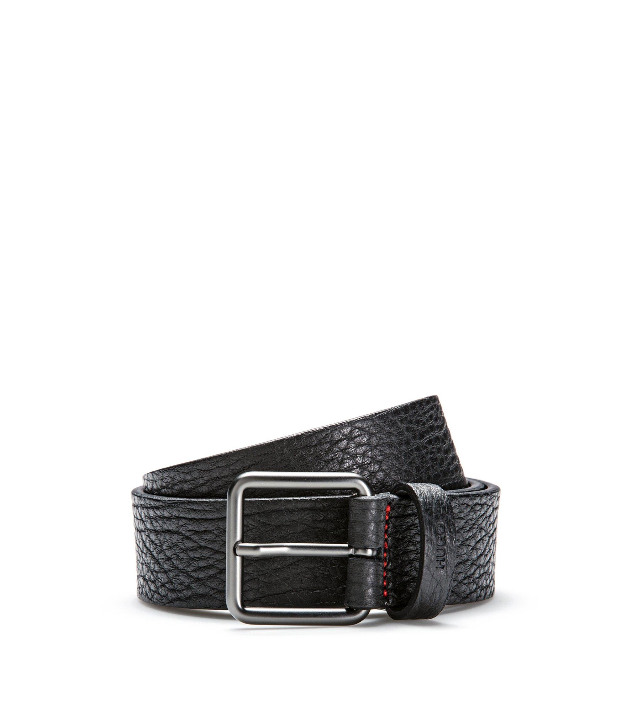 Cinturón de piel grabada con grano y hebilla mate de metal pesado, Negro