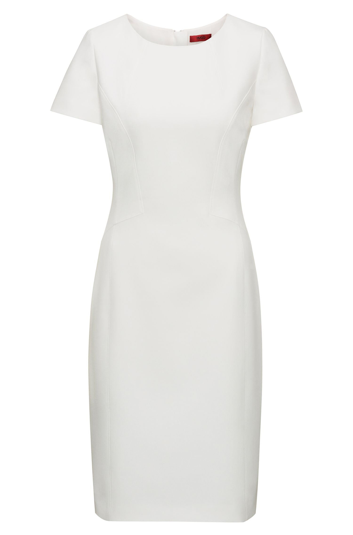 Fitted dress with feminine seaming
