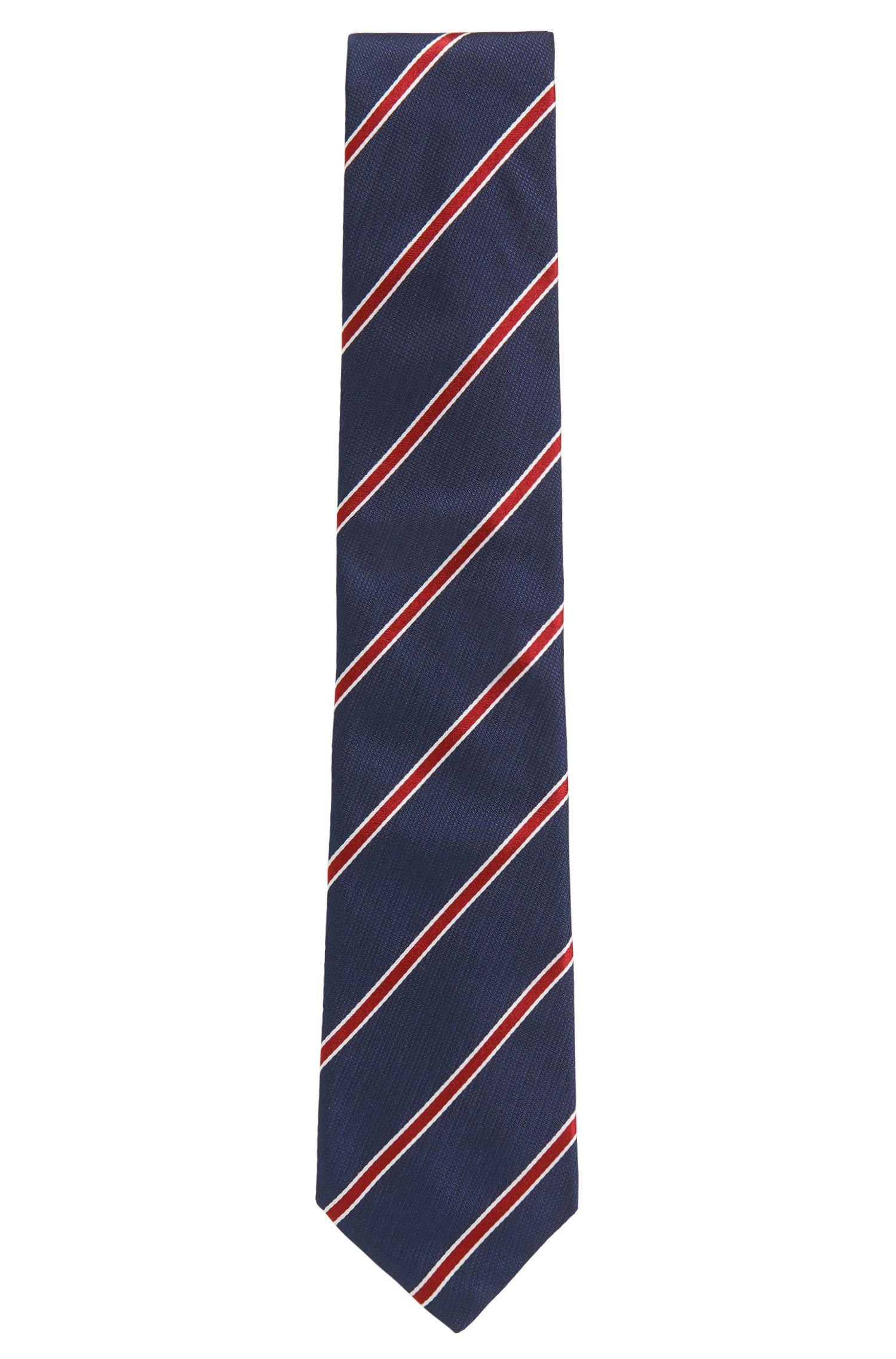 Corbata en jacquard de seda teñida en hilo con rayas diagonales