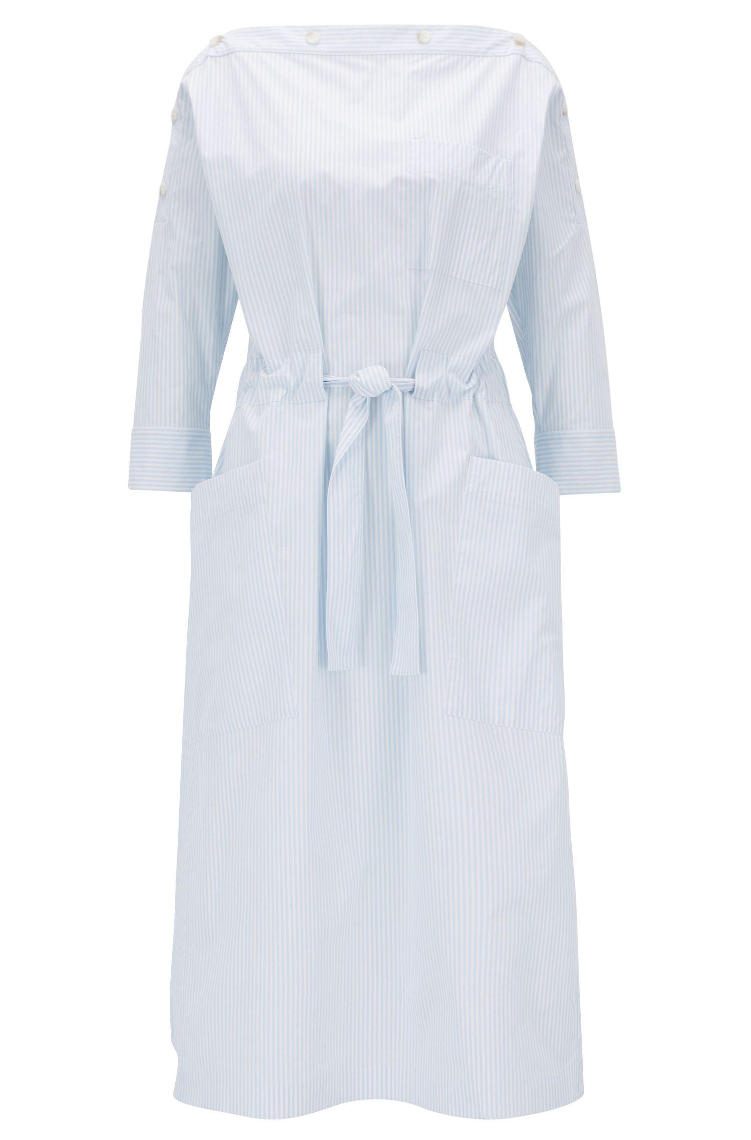 Robe d'été rayée à encolure boutonnée