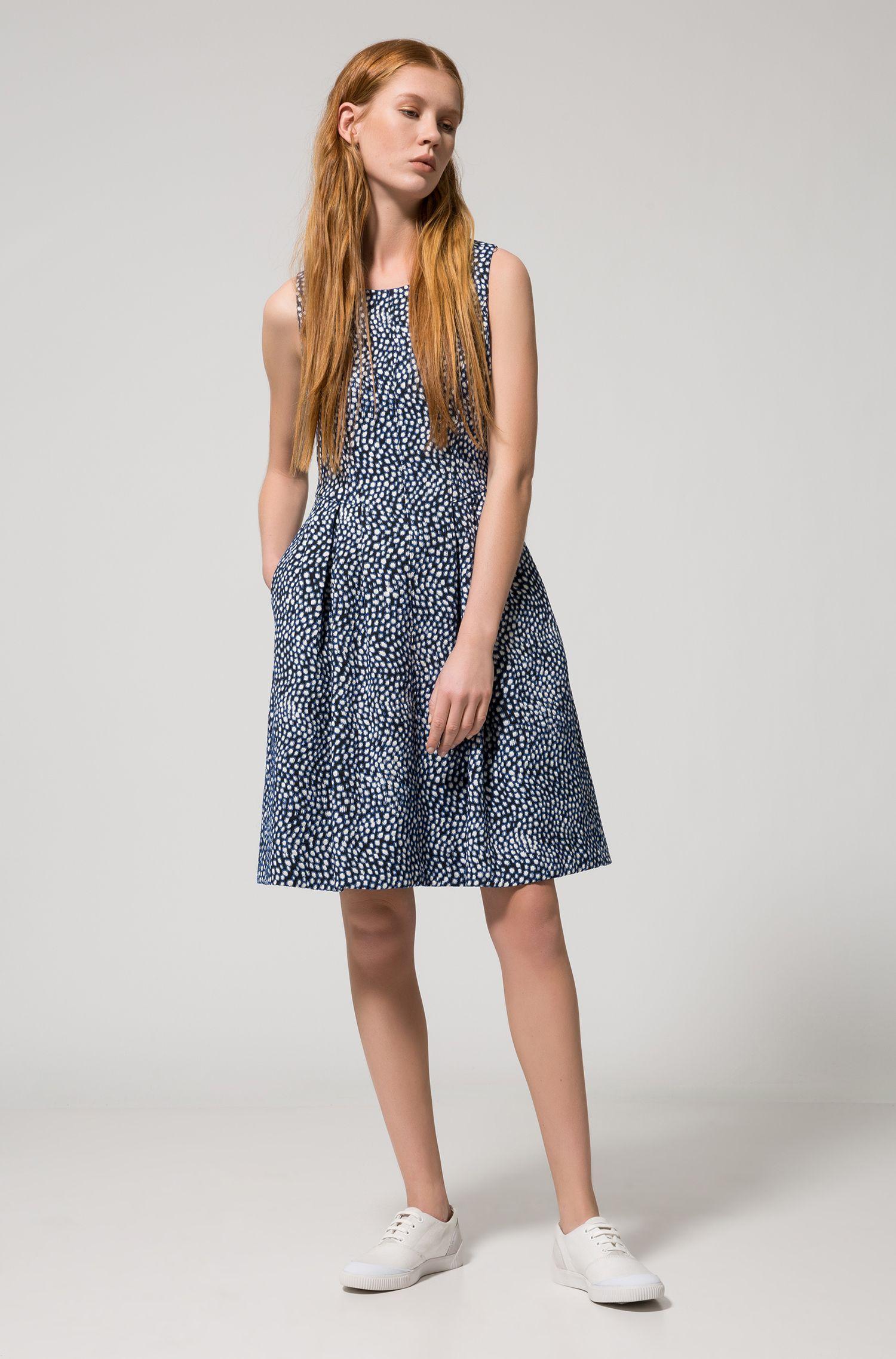 Vestito jacquard a disegni in misto cotone elasticizzato