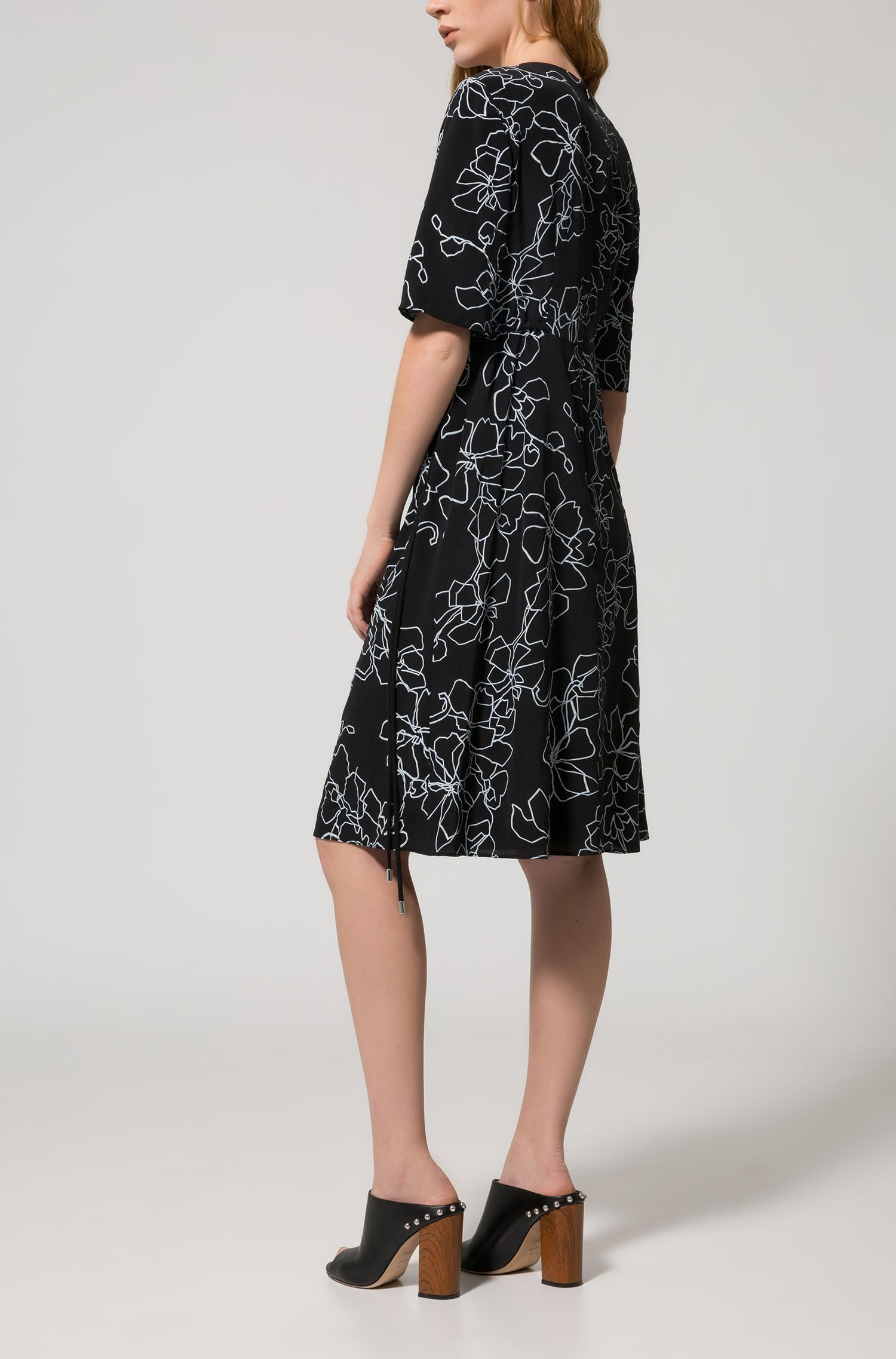 Short-sleeved midi dress in printed silk