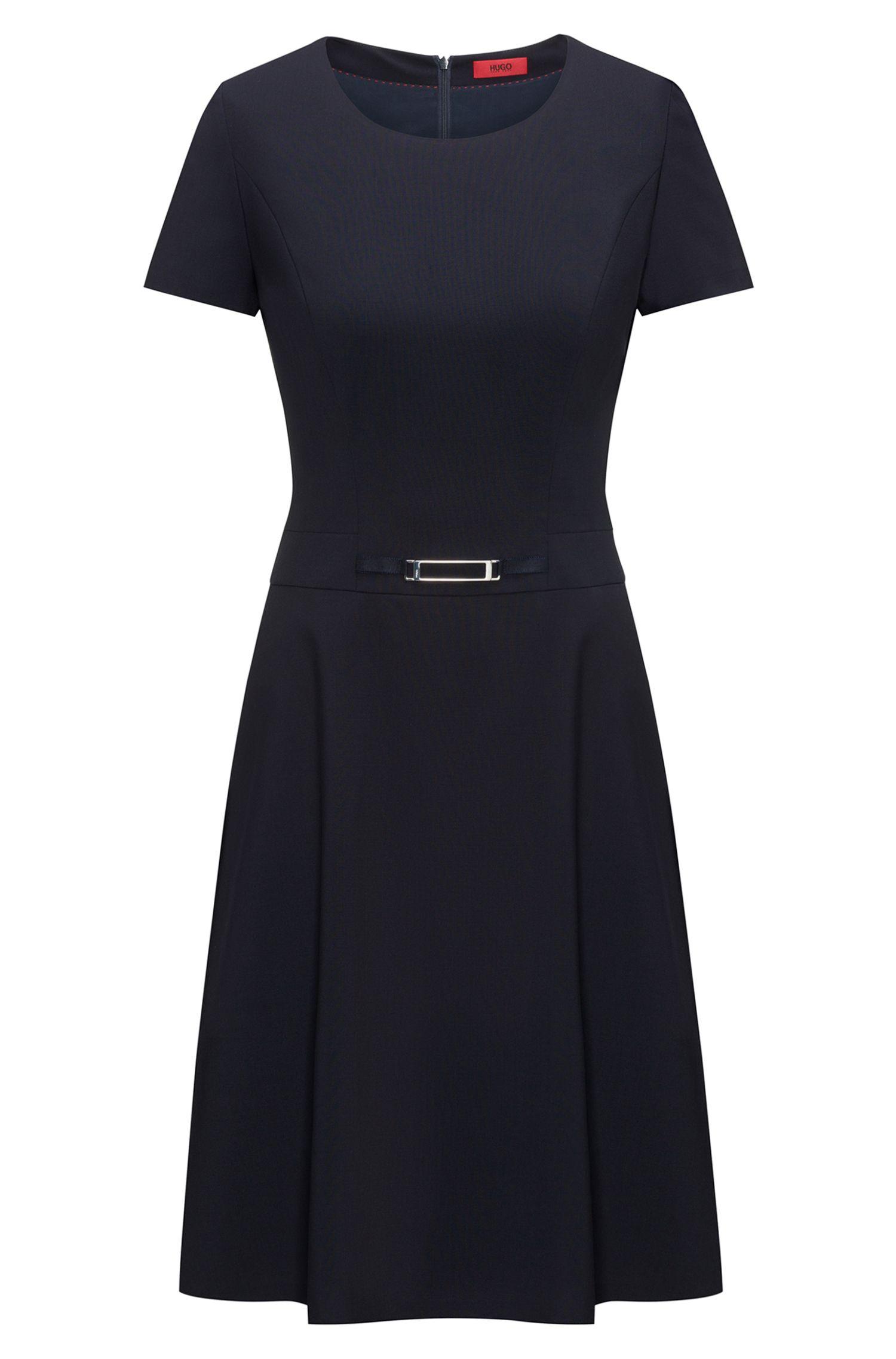 Kurzarm-Kleid aus Stretch-Schurwolle in A-Linie