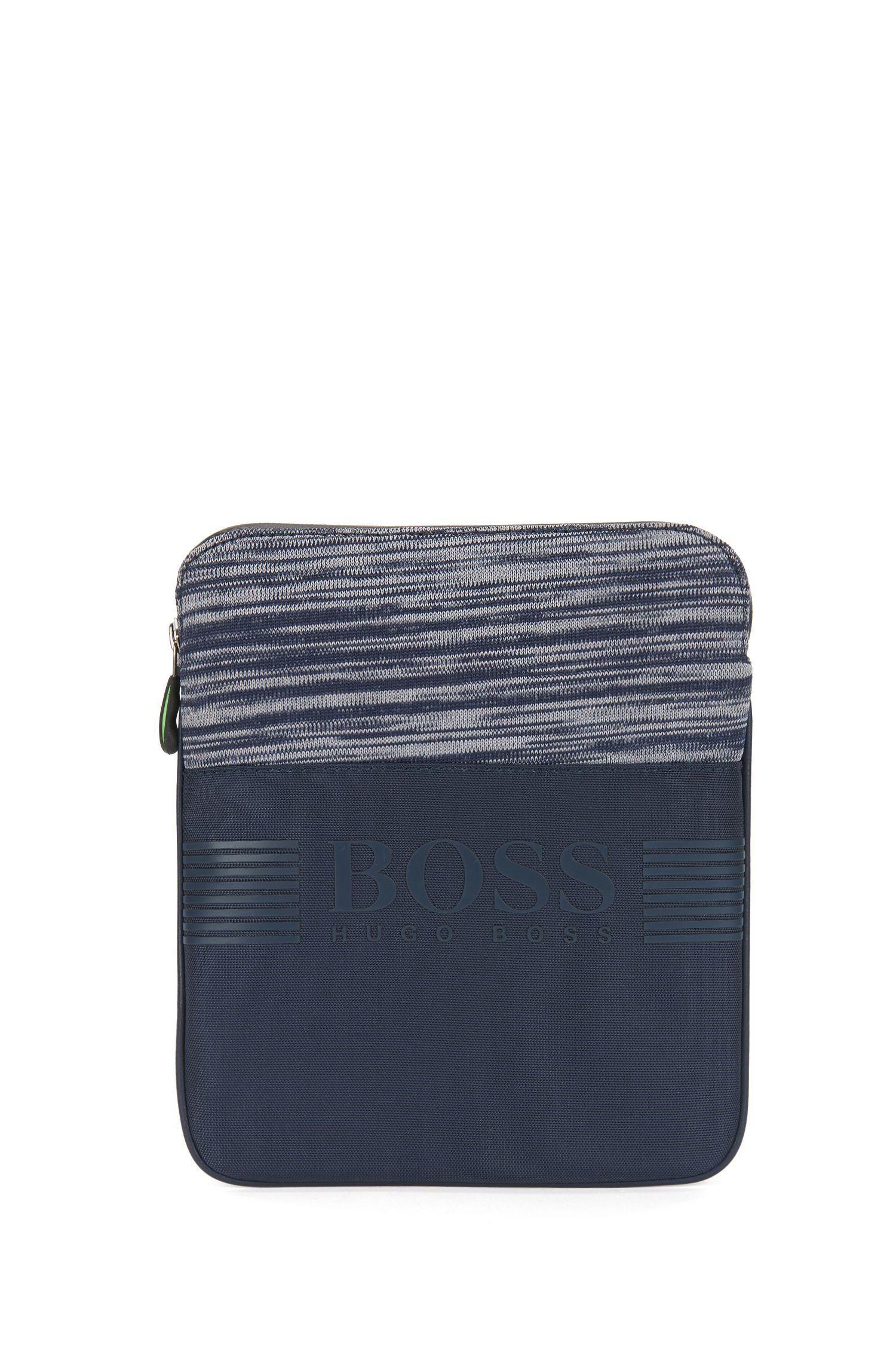 Bolso de estilo sobre en nylon con panel jaspeado tejido