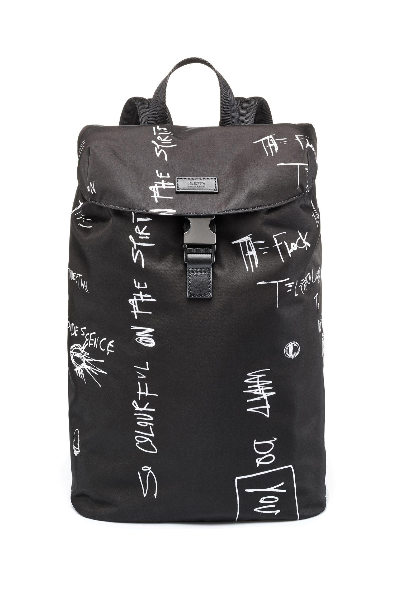 Rugzak met vak voor laptop, van gabardine uit technisch materiaal met graffiti-print