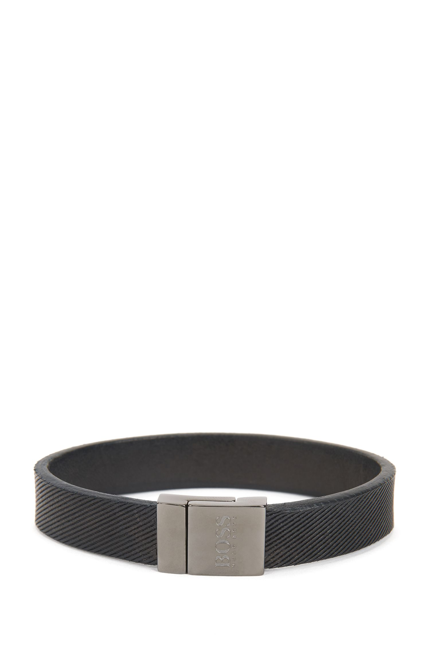 Textured leather bracelet with magnetic closure