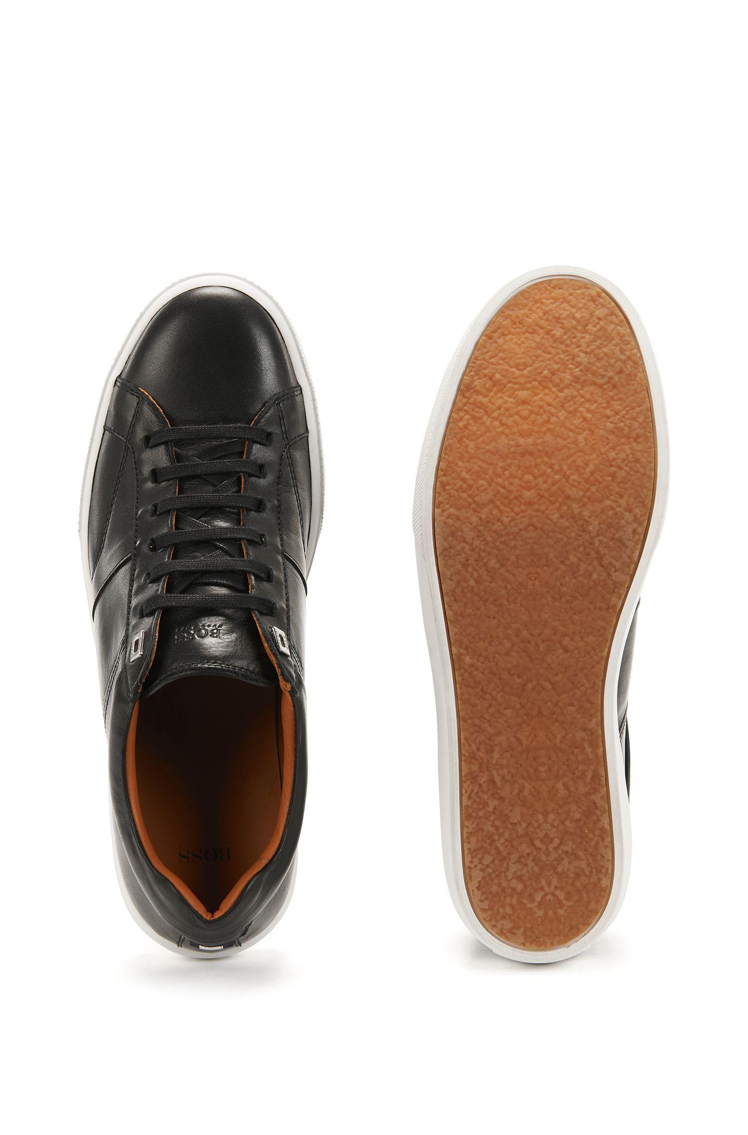 Sneakers in tennisstijl van Italiaans kalfsleer