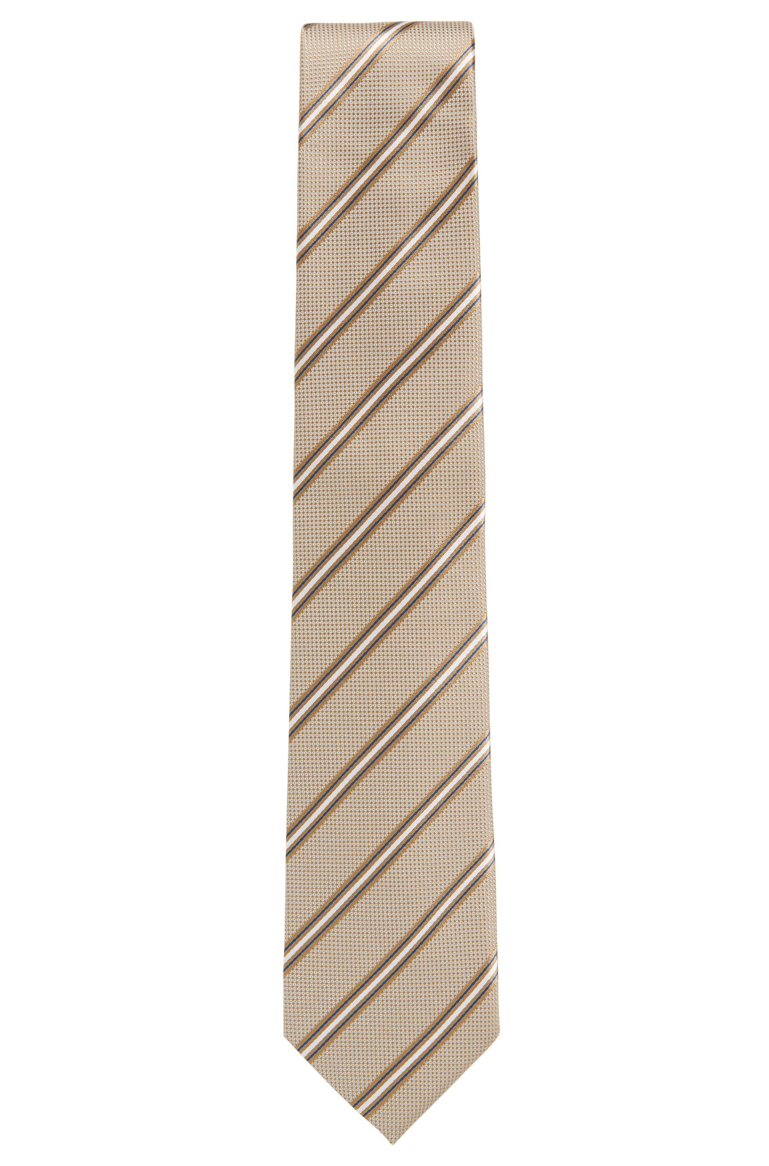 Italian-made silk-jacquard tie with diagonal stripe
