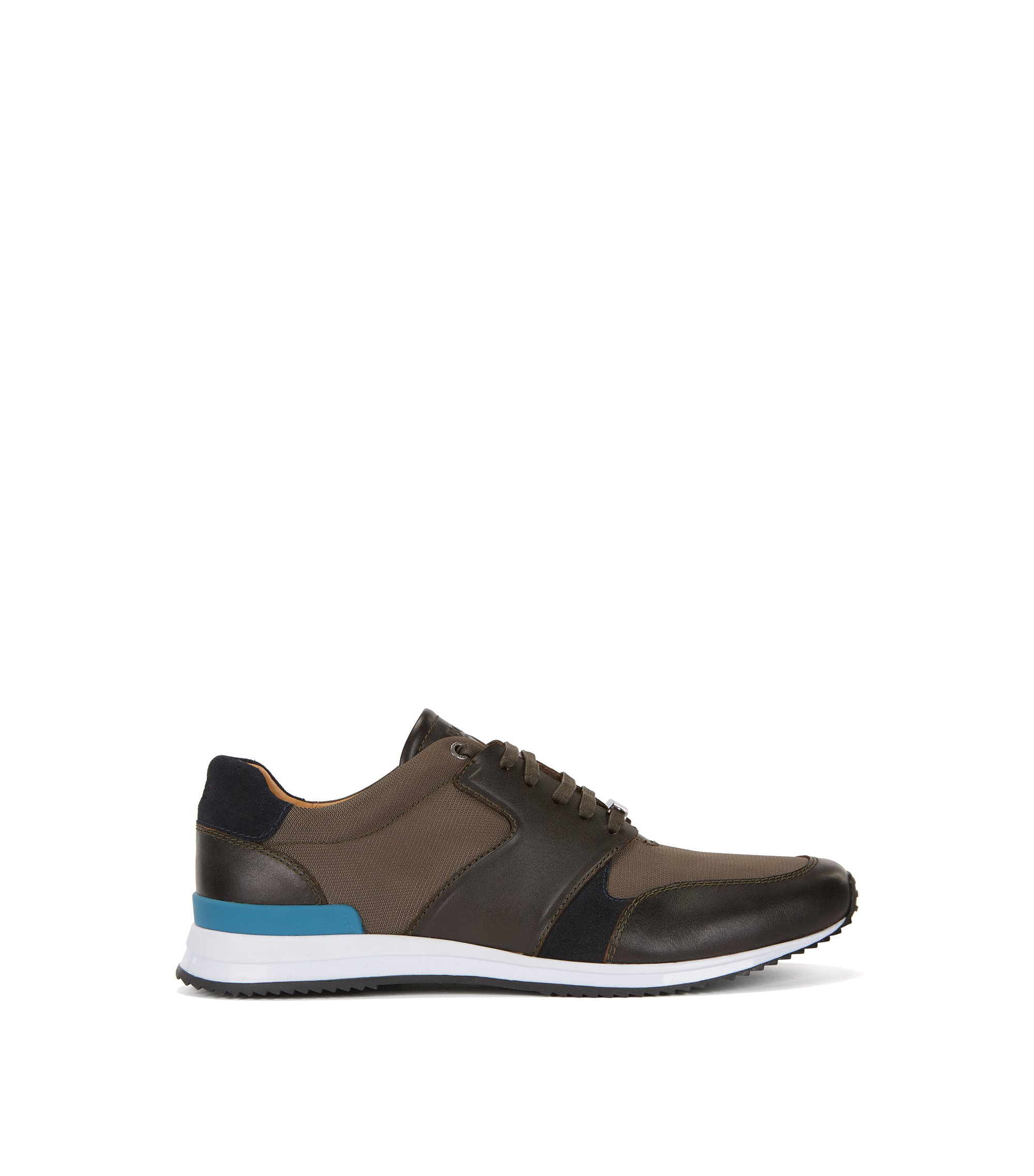 Sneakers im Laufschuh-Stil aus Material-Mix und Leder, Hellgrün