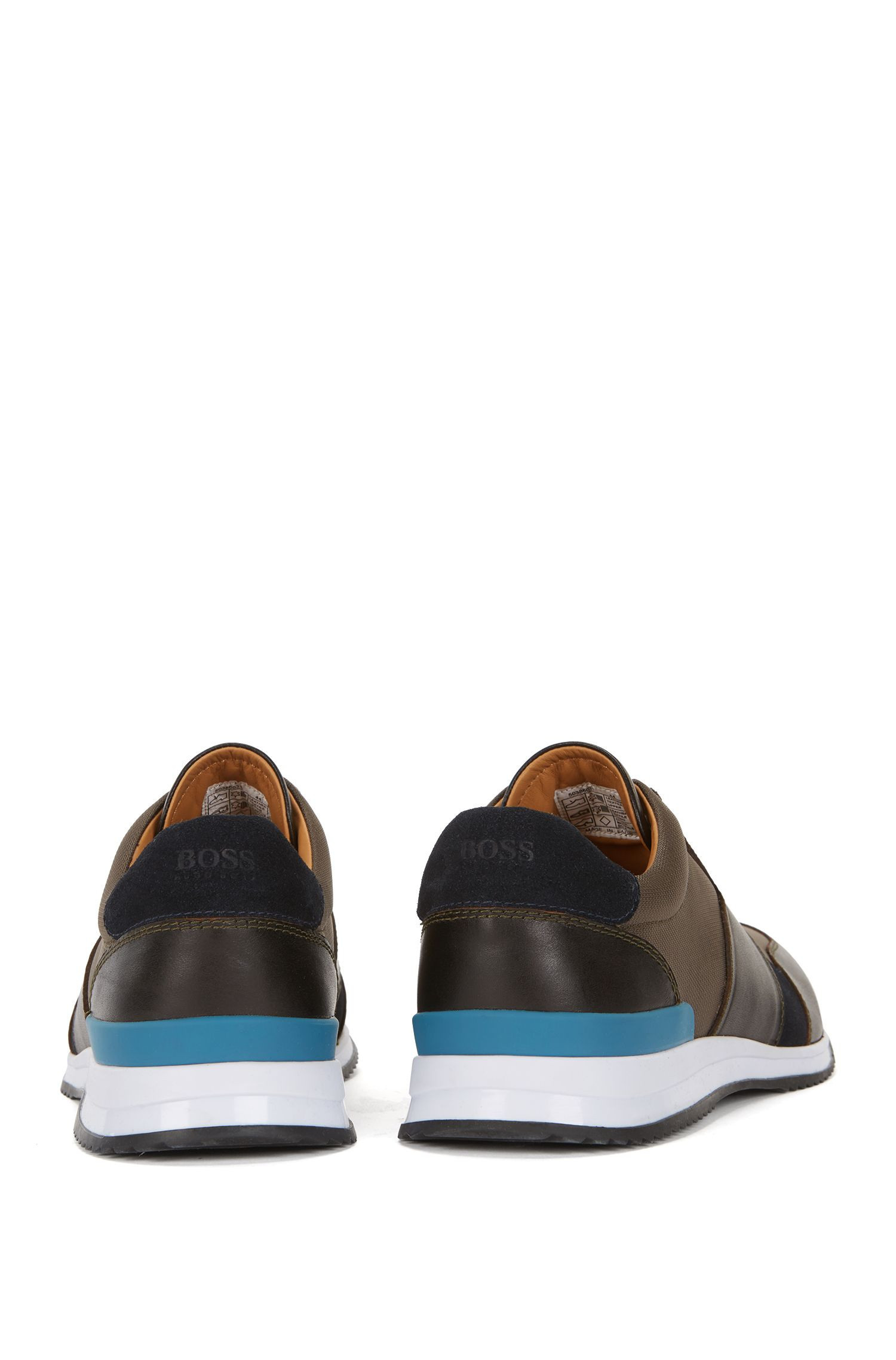 Hardloop-geïnspireerde sneakers met hybride bovenzijde