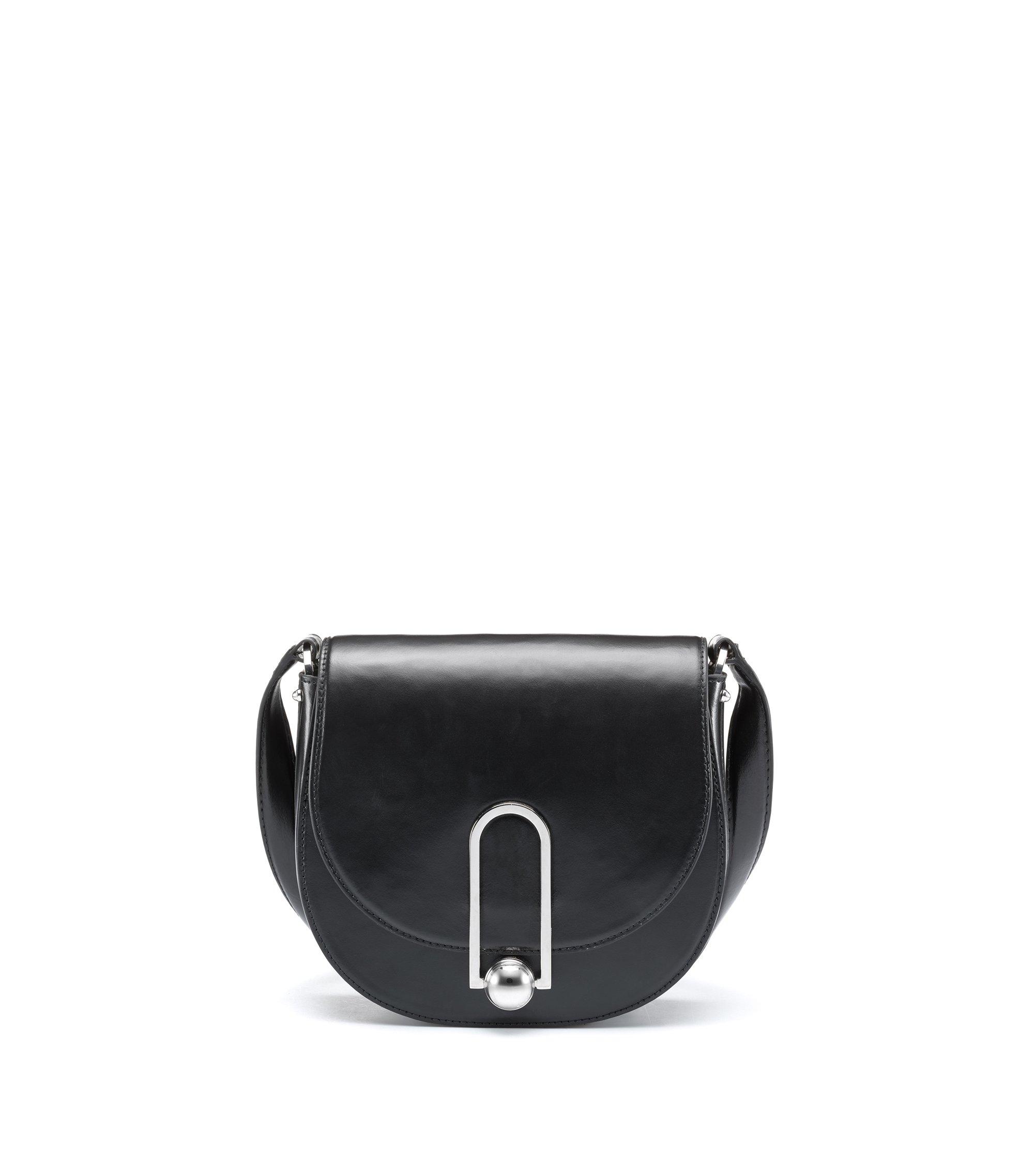 Saddle Bag aus Glattleder mit polierten Metall-Details, Schwarz