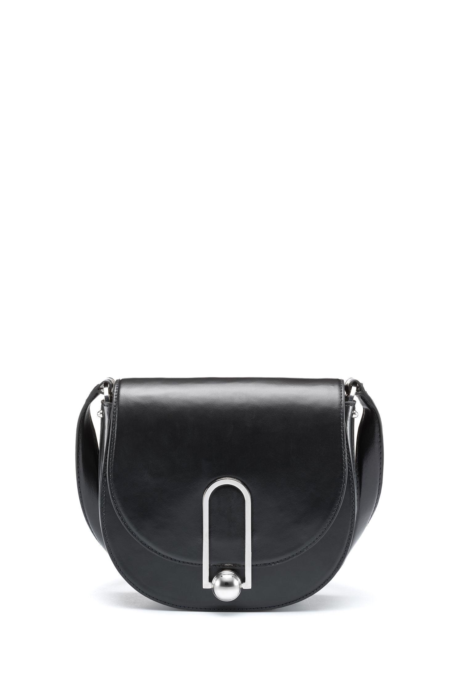 Smooth leather saddle bag with polished hardware